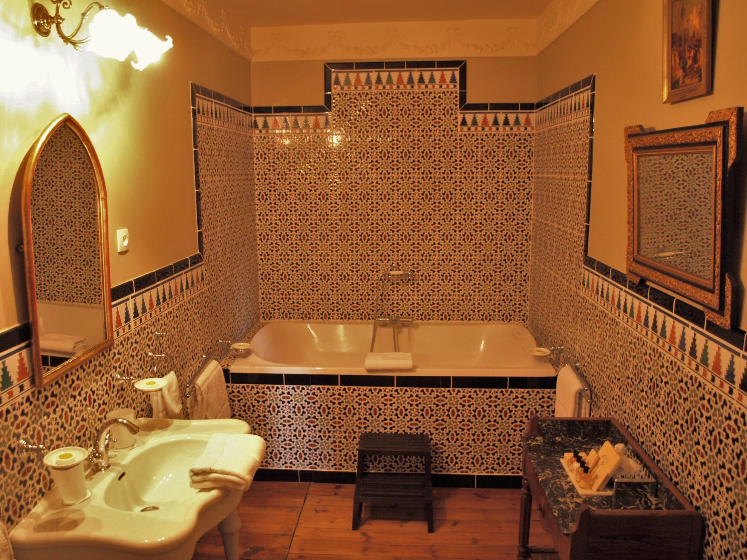 Chateau de la Pommeraye - charming boutique hotel chateau b&b spa normandy calvados bedroom Esquisses 6(2).jpg