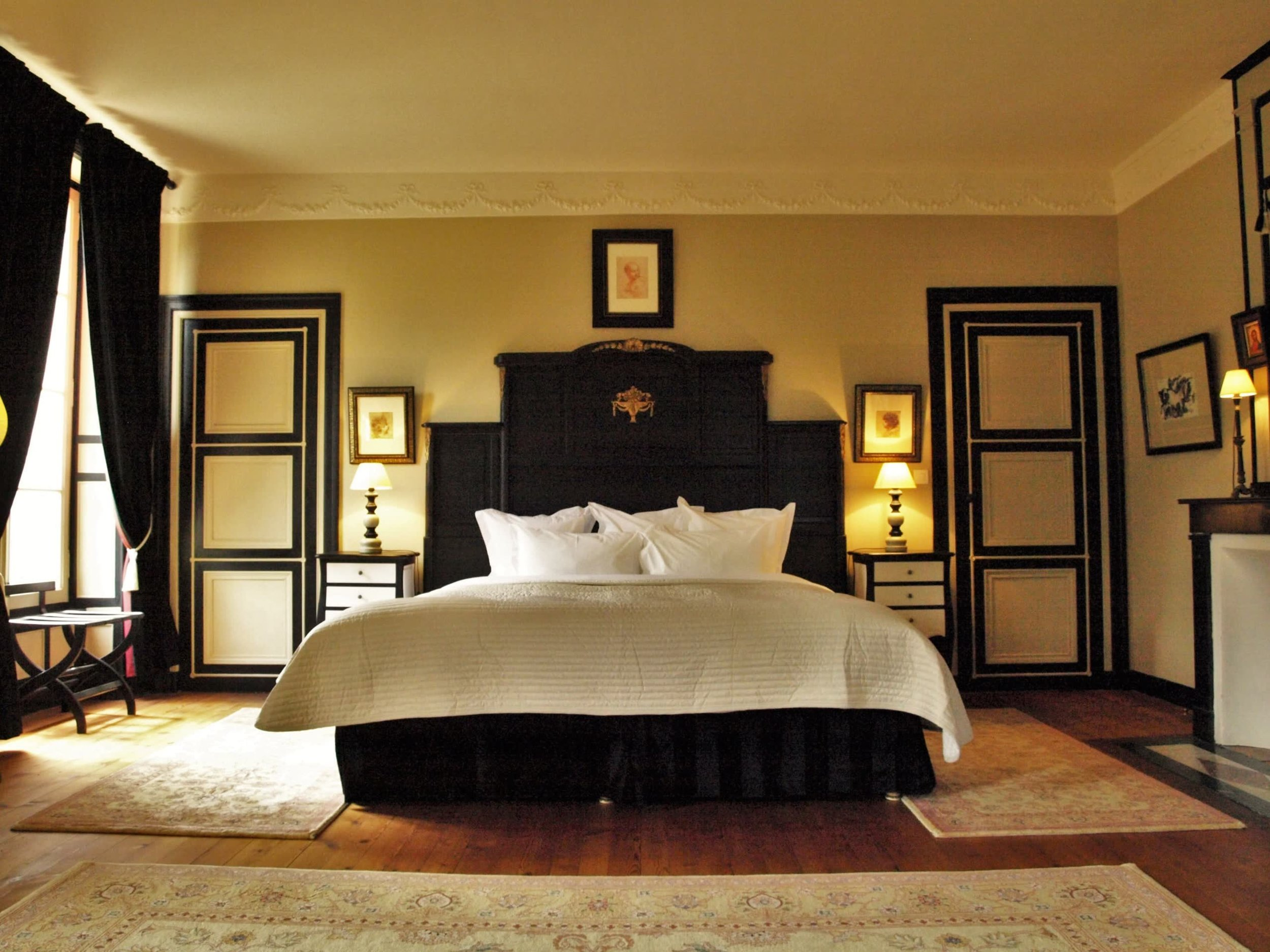 Chateau de la Pommeraye - charming boutique hotel chateau b&b spa normandy calvados bedroom Fragrances 3(2).jpg