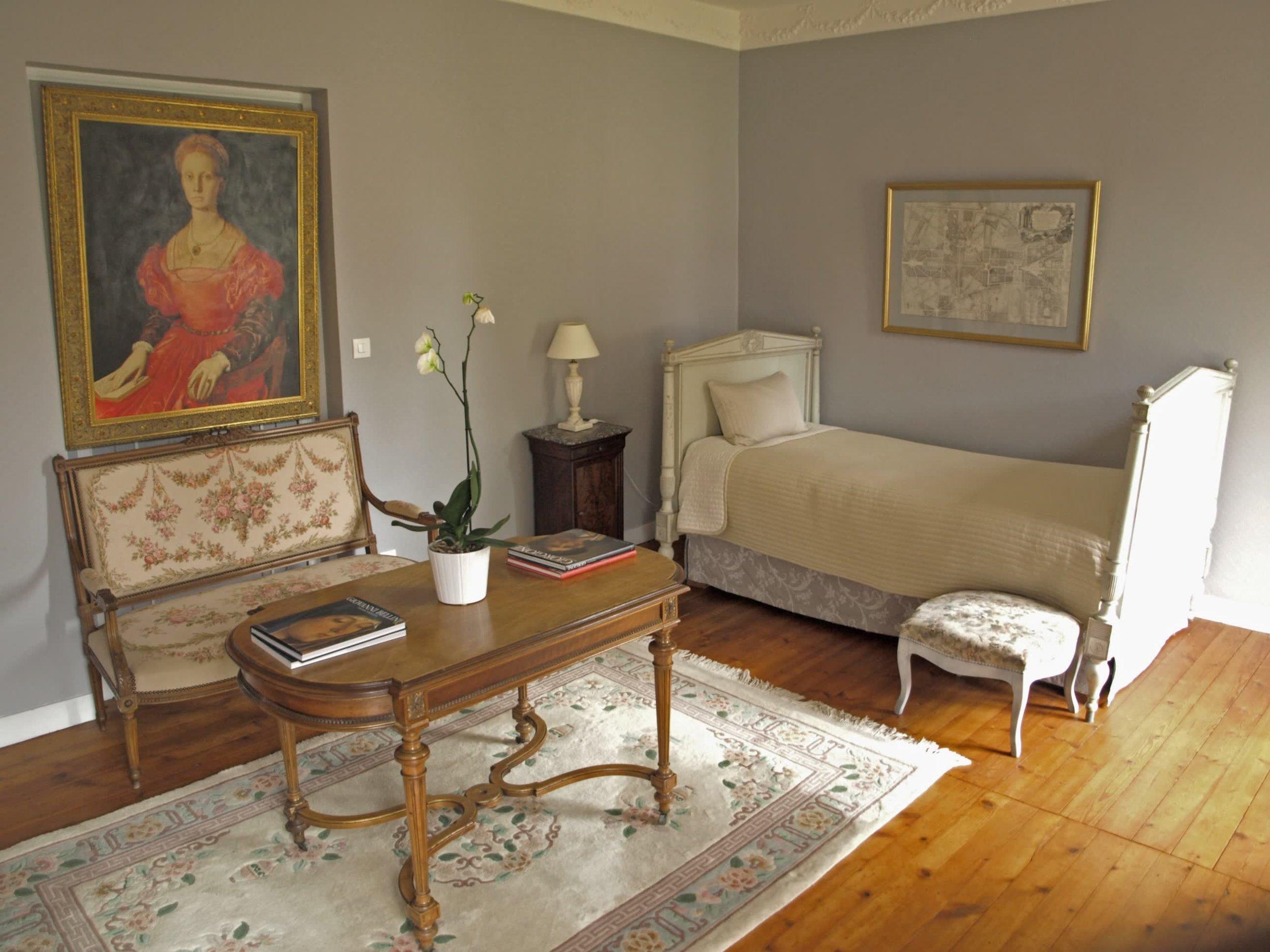 Chateau de la Pommeraye - charming boutique hotel chateau b&b spa normandy calvados bedroom Rubans 4(2).jpg