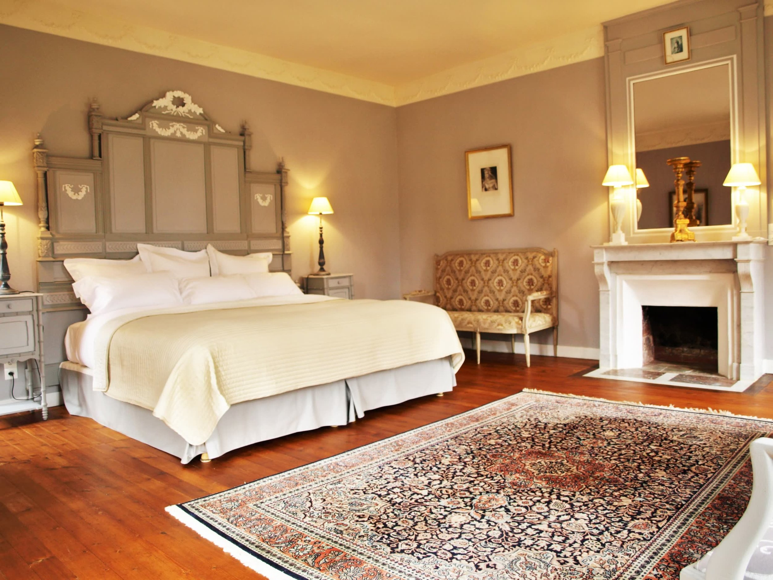 Chateau de la Pommeraye - charming boutique hotel chateau b&b spa normandy calvados bedroom Rubans 5(2).jpg