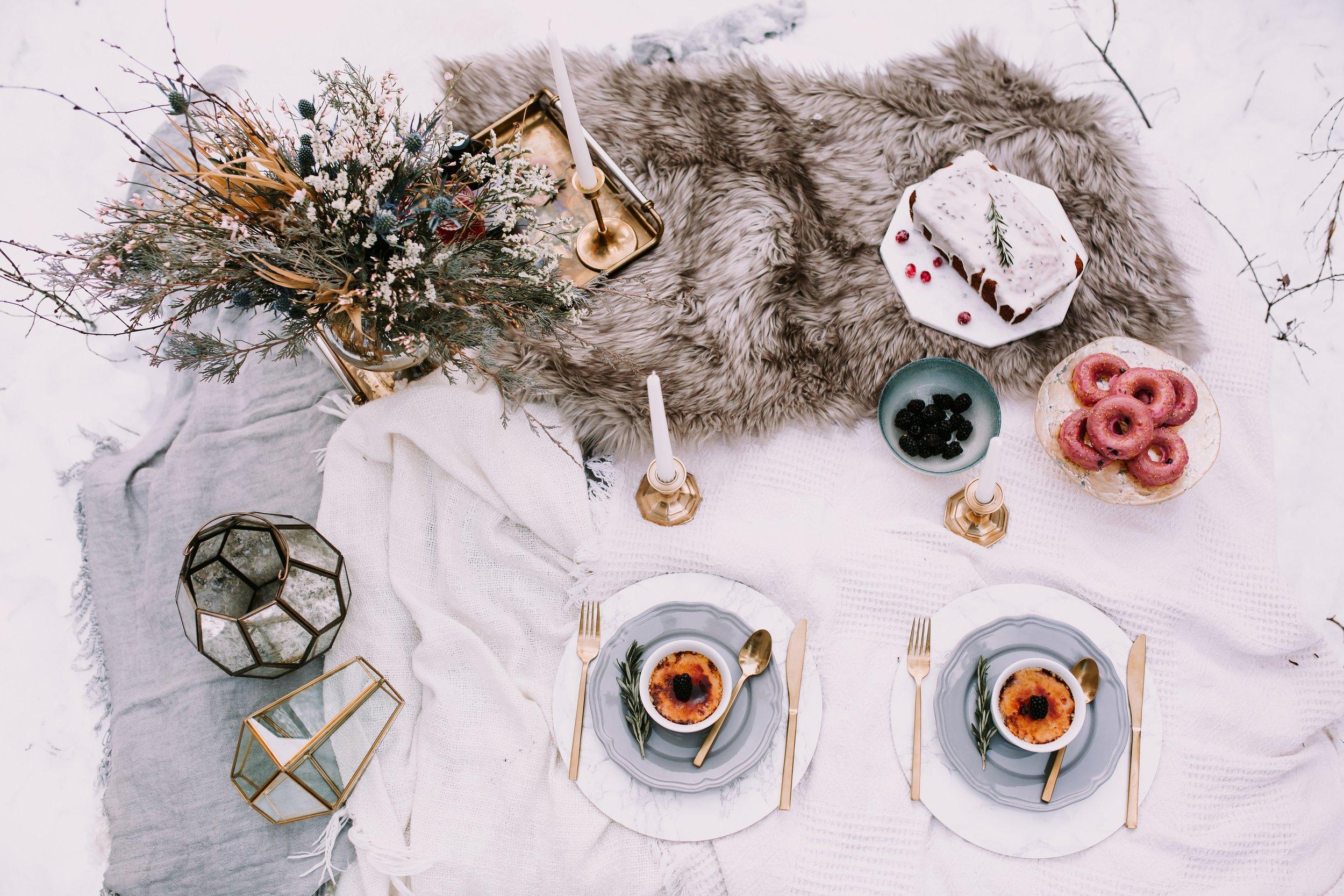 Rocky Mountain Bride: Winter Escape Elopement Inspiration. Click for more.