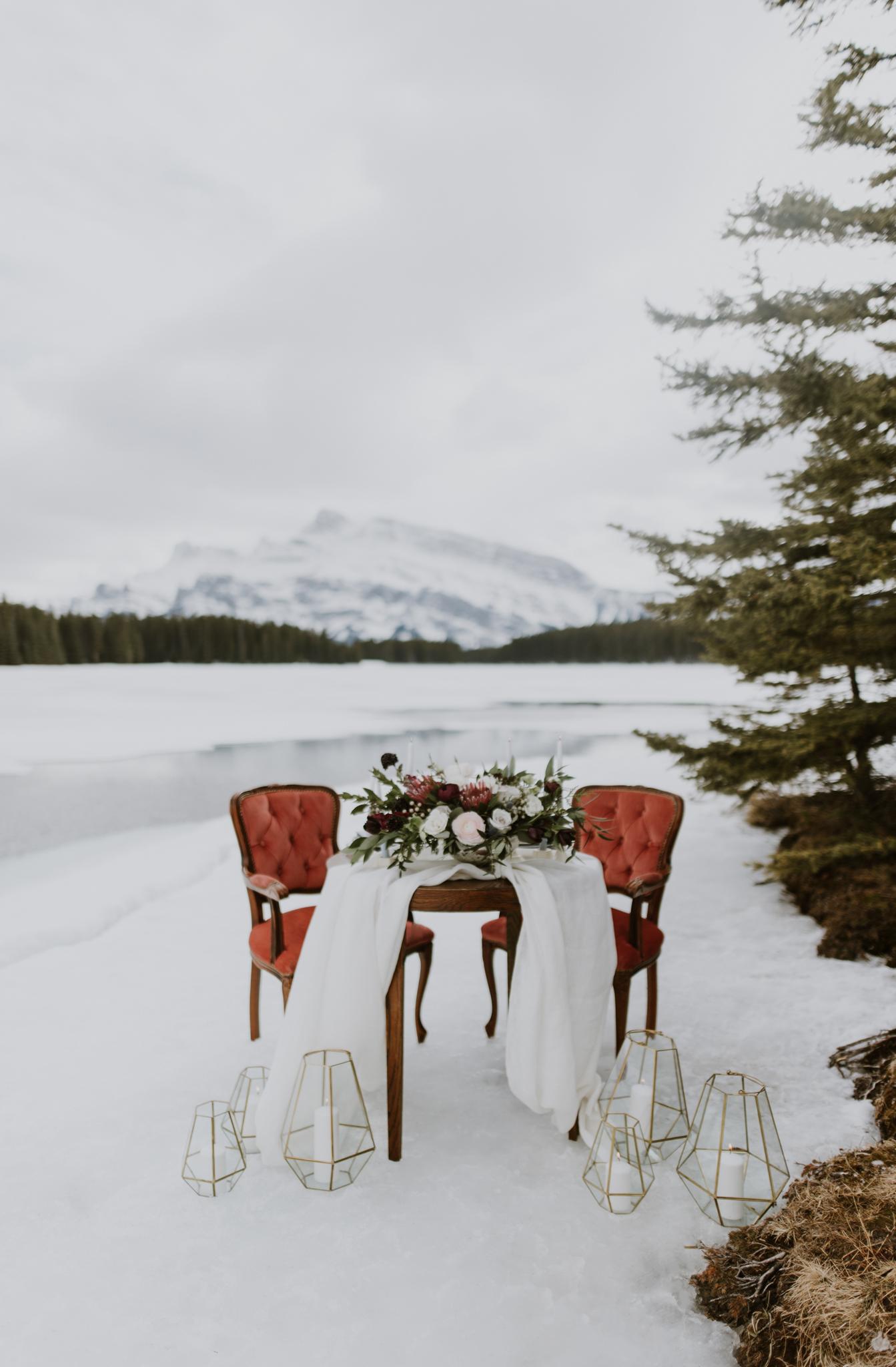 Rocky Mountain Bride: Lake Minnewanka Elopement Inspiration. Click for more.