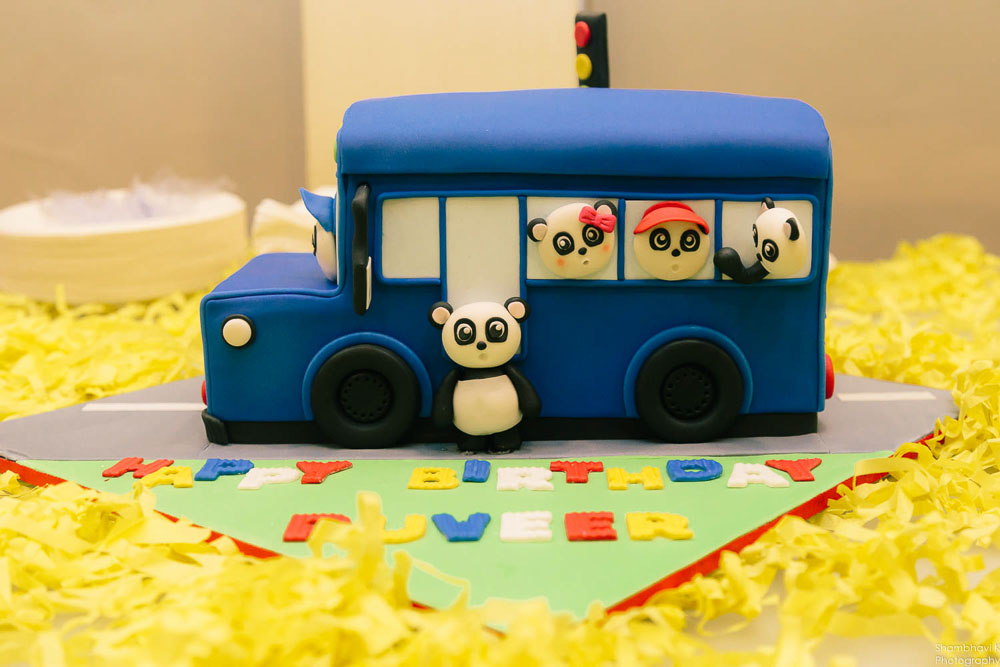 themed cake for birthday party