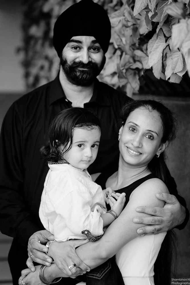 family portrait for bithday photoshoot