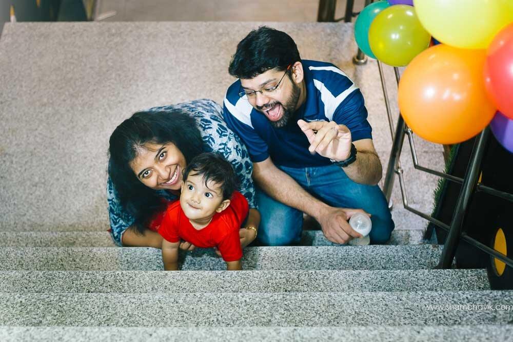 Playarea_photoshoot_indoor_candid_1_year_old_boy_fundays_dwark-11.jpg