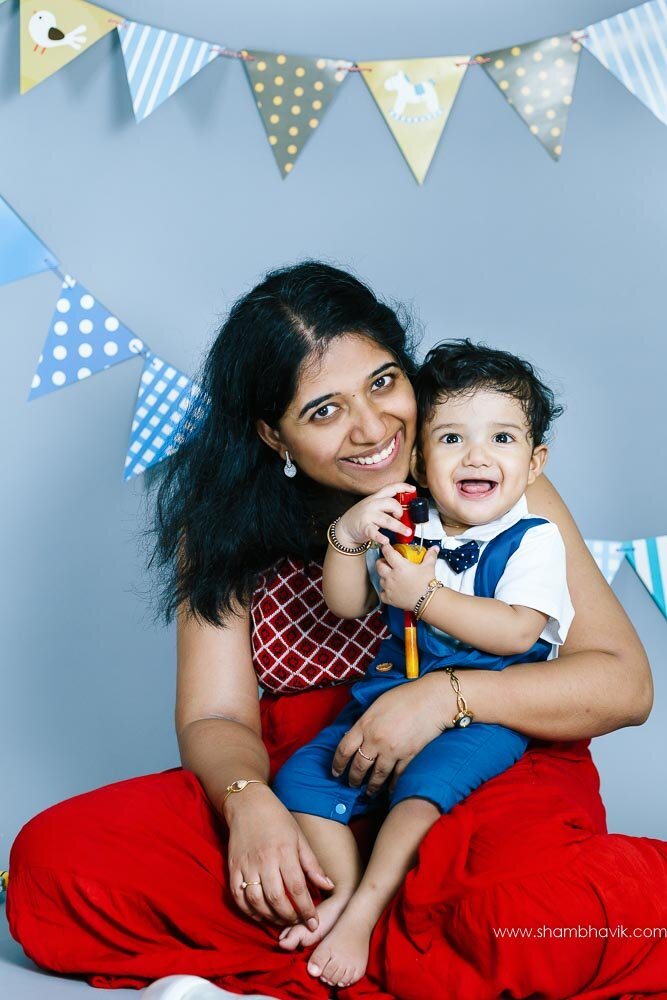 studio_photoshoot_indoor_candid_1_year_old_boy_delhi-21.jpg