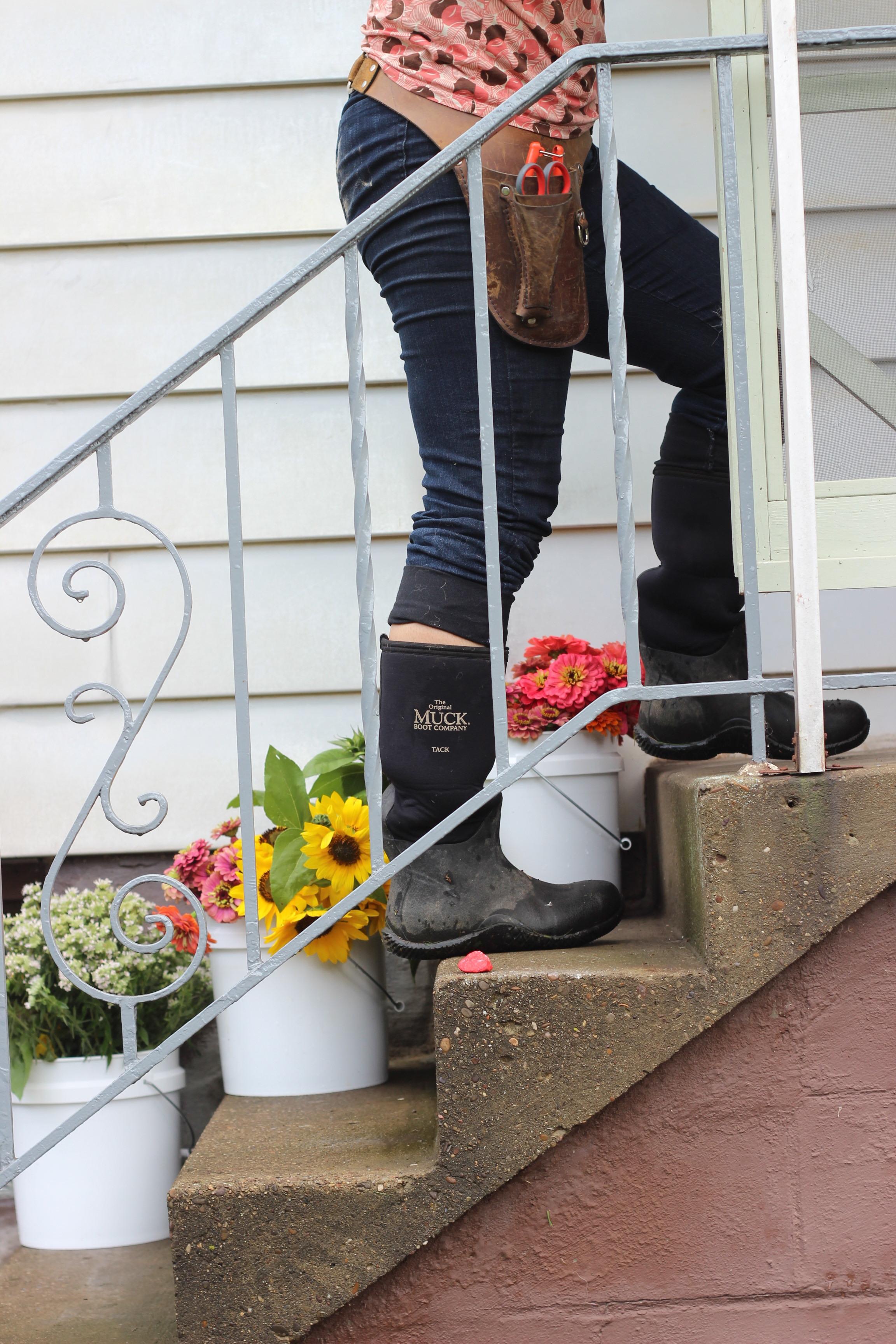 Mountain Mint, Zinnia, Sunflower, Boots. Photo by Randi Fuchs