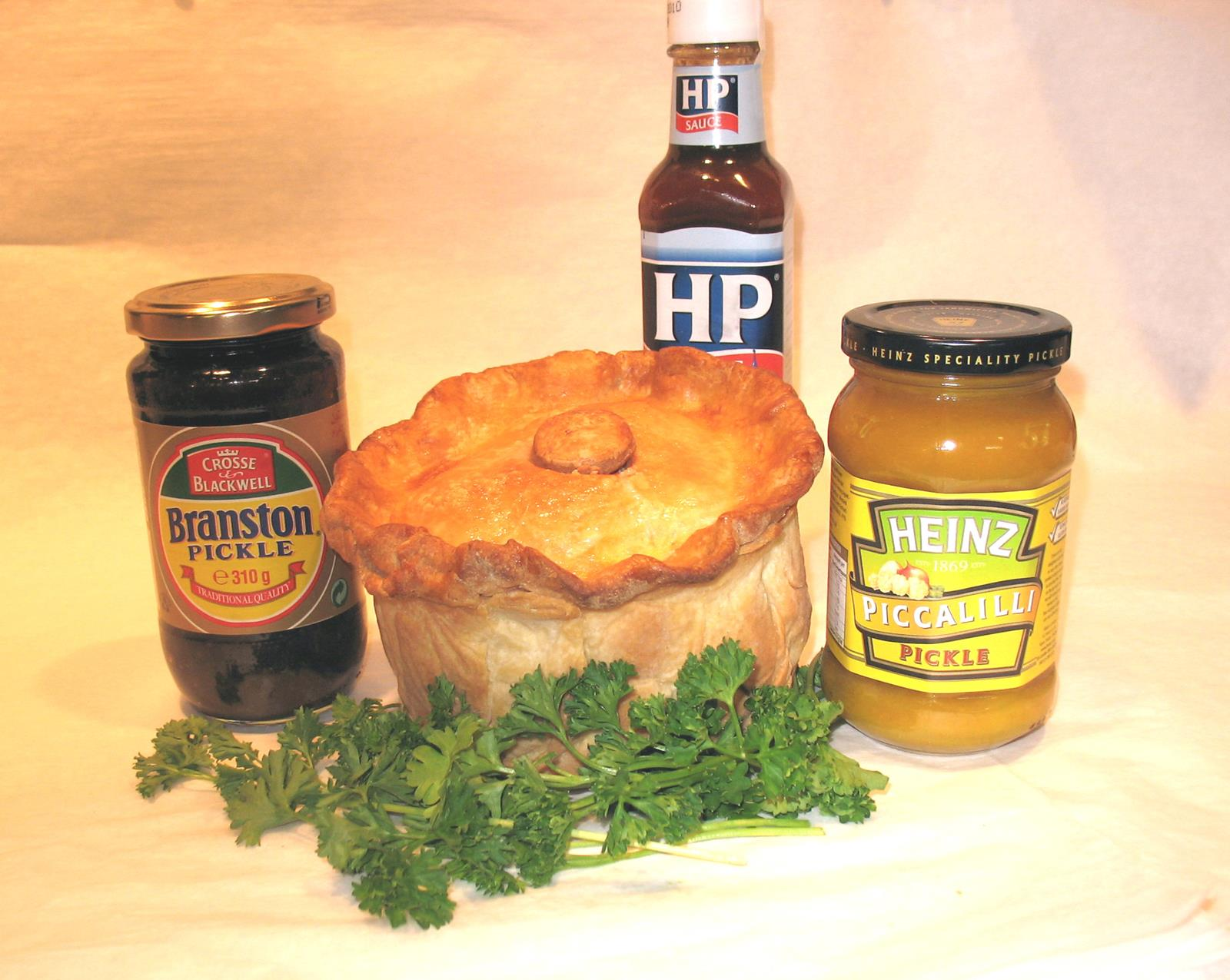 025L Party Pork Pie 1.5lb.jpg