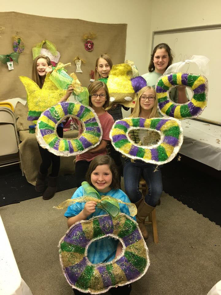 Kid's Creative Class Mardi Gras Burlap Designs.jpg