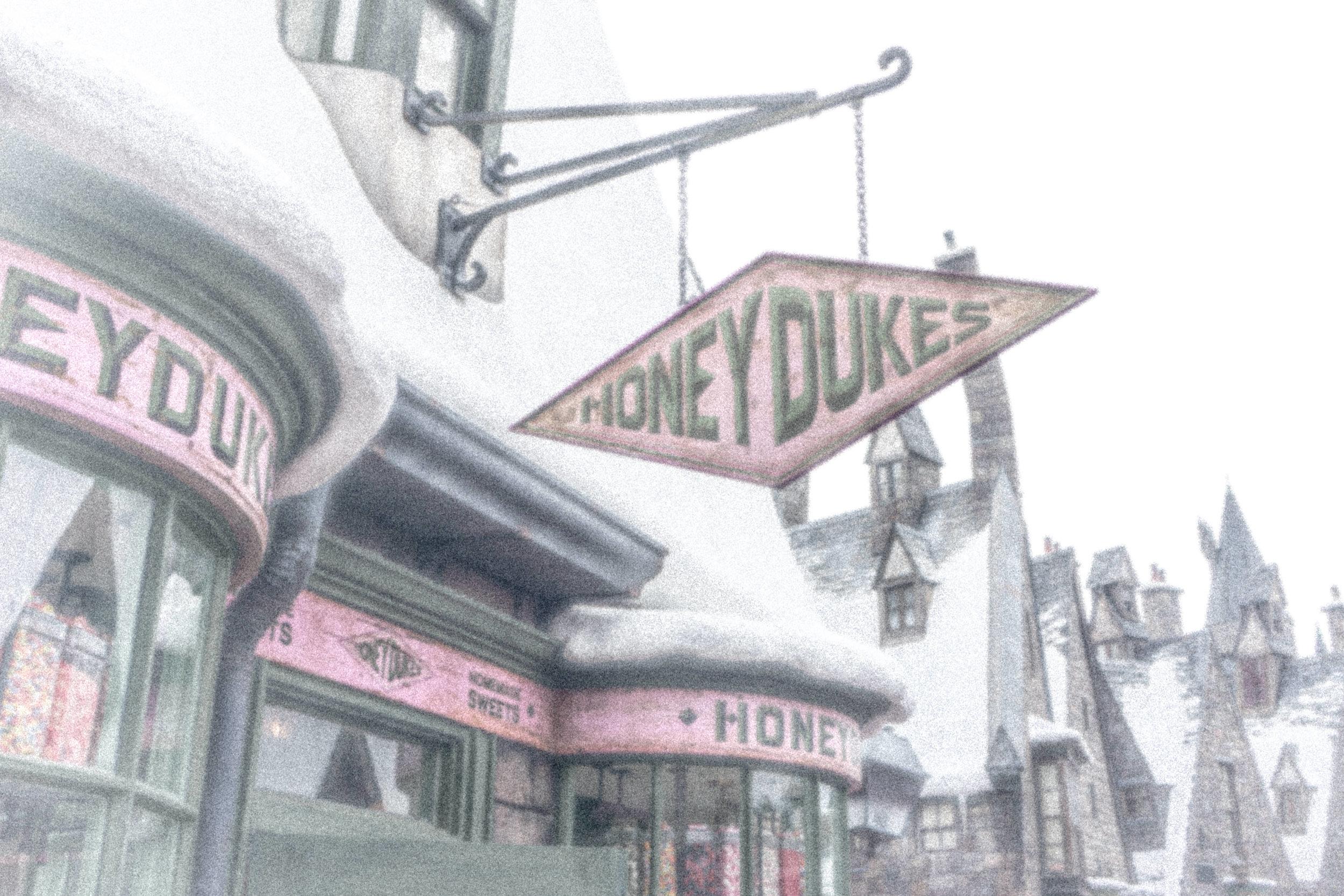 Honeydukes Snow Storm