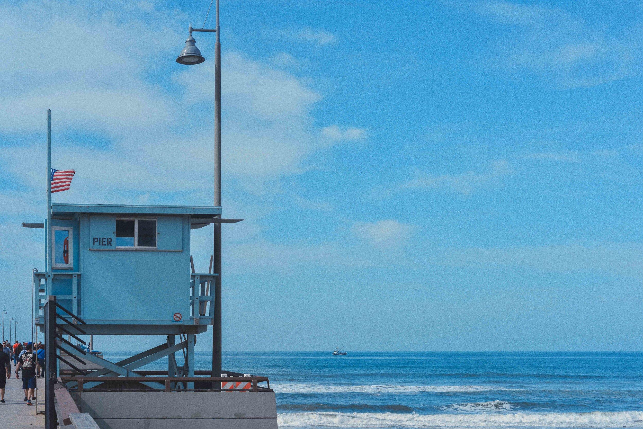 ryan thompson creative photography - lifeguard tower