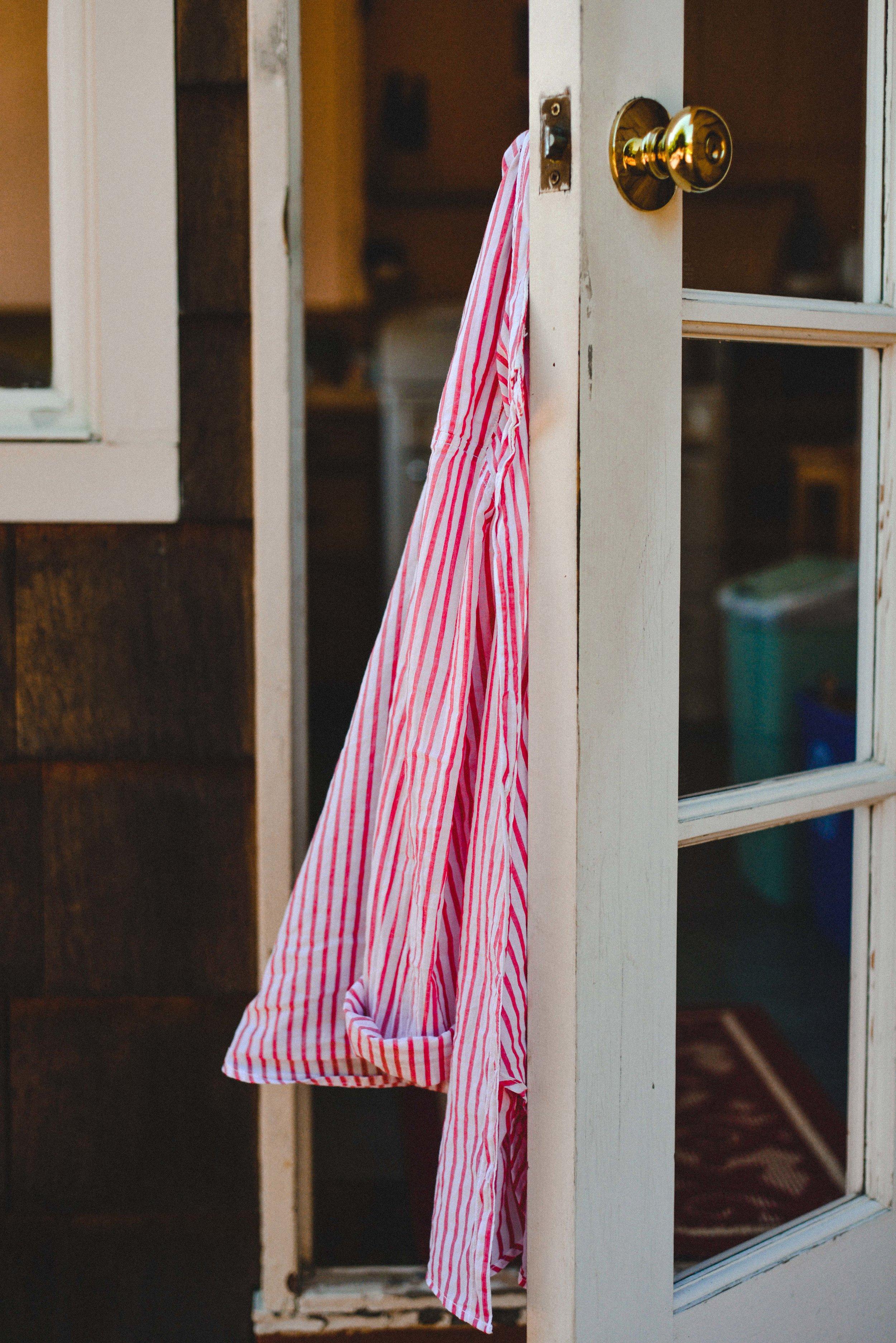 ryan thompson creative photography - shirt in the wind