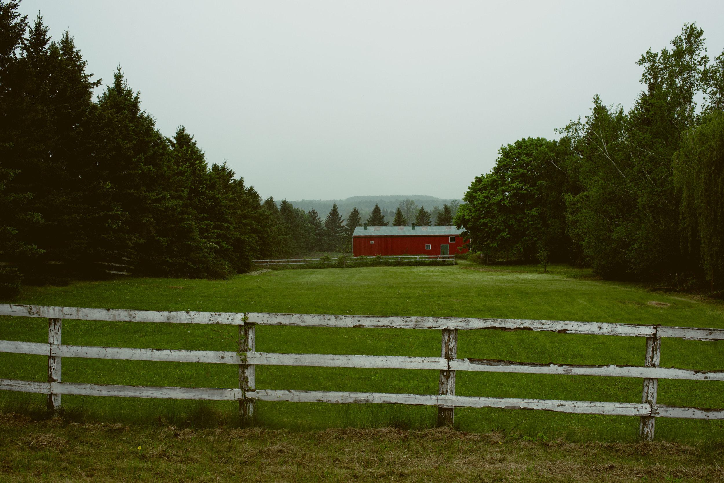 ryan thompson creative photography - farm house 1