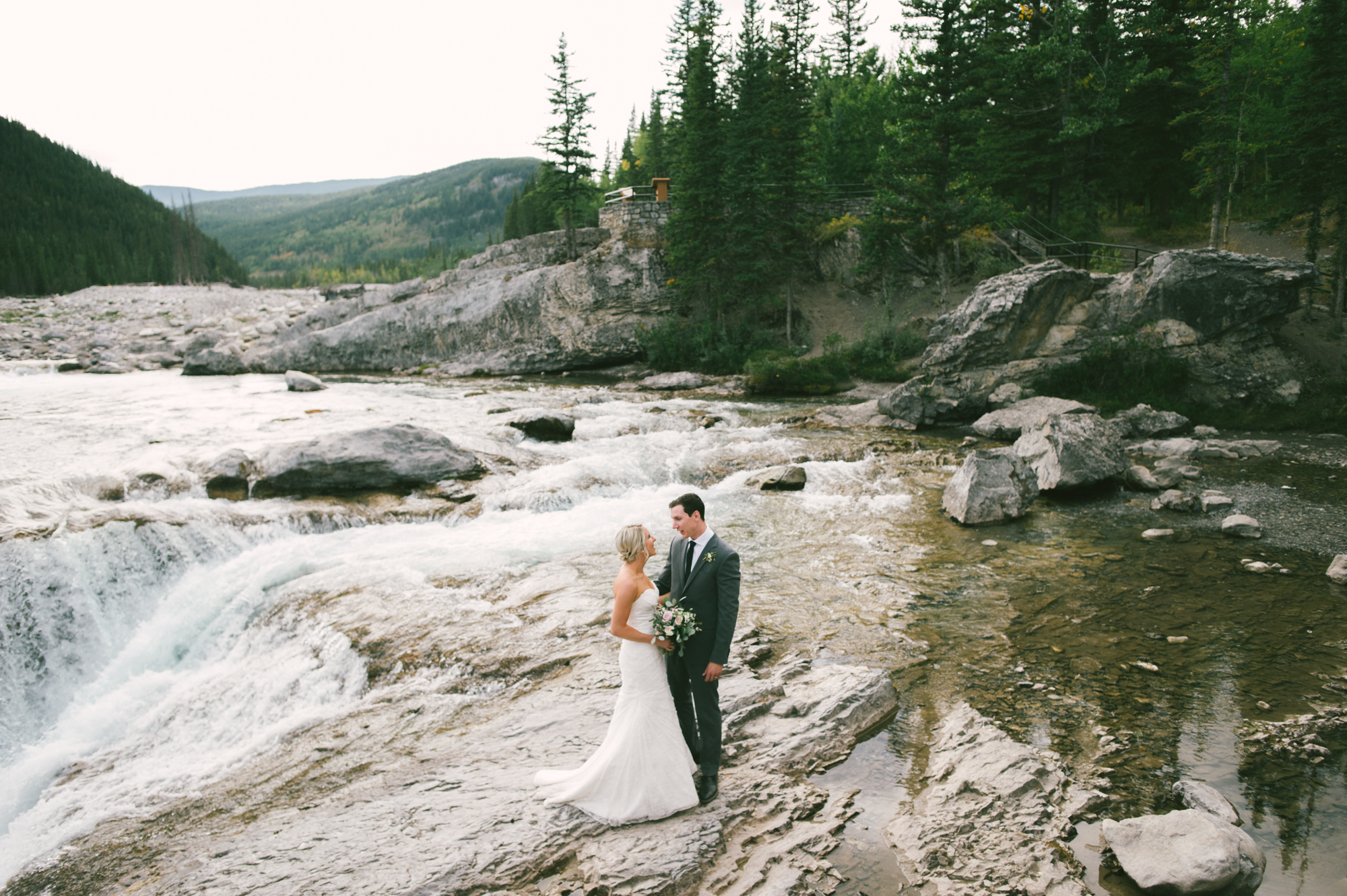 Rocky Mountain Banff Calgary Alberta Wedding-Jessika Hunter Photo-60.JPG