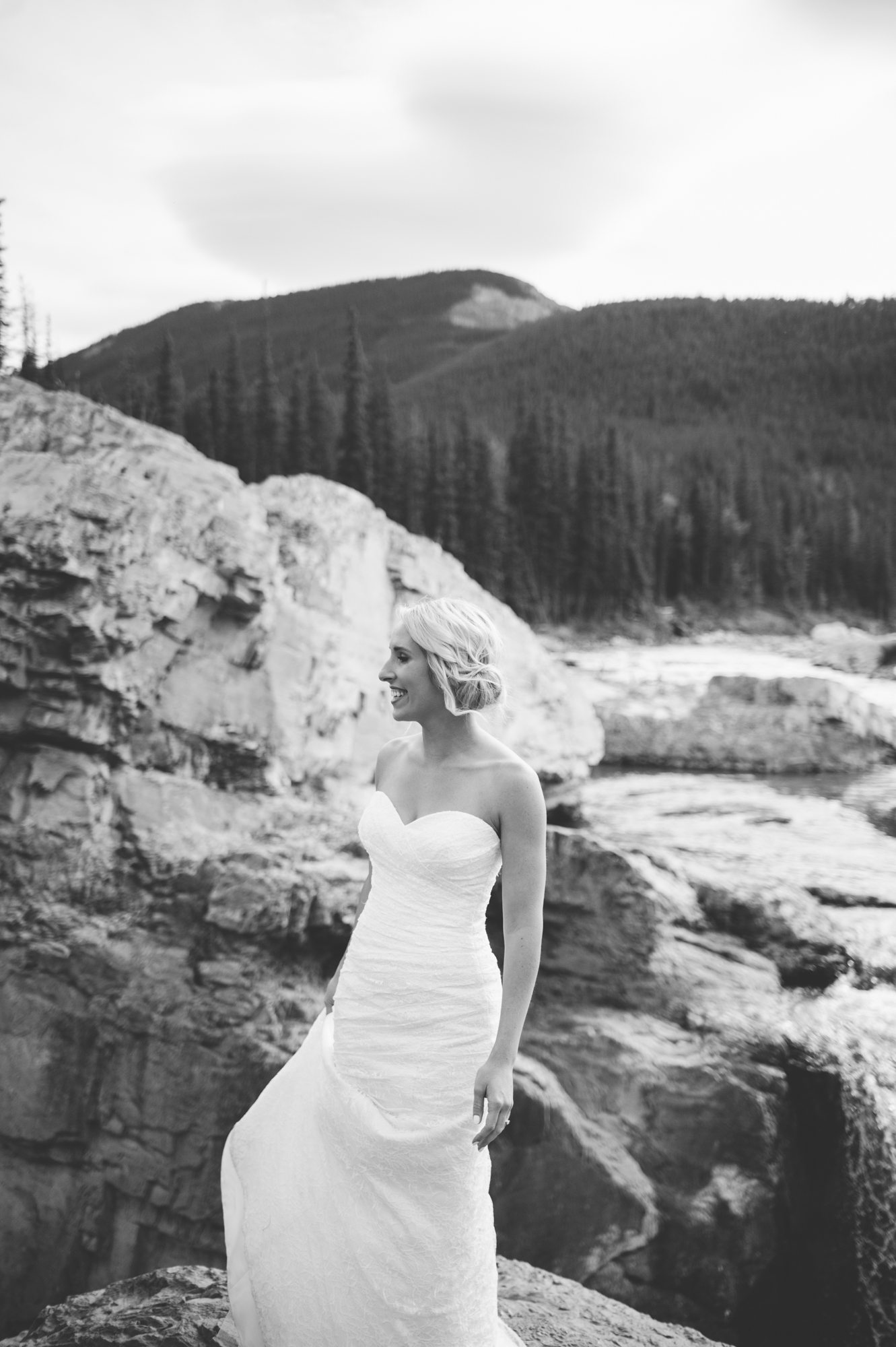 Rocky Mountain Banff Calgary Alberta Wedding-Jessika Hunter Photo-70.JPG