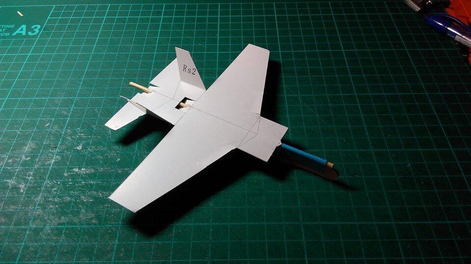 紙飛機 paper plane  孩子們的航空夢,往往是從一架架紙飛機的飛行開始的。 市集當天,跟著老師一起組裝、上色,完成一台彈力滑翔機, 不只飛行效益是一般紙飛機的數十倍,更要帶大家認識航空與飛行的科學知識。 讓孩子們的夢想,跟著滑翔機一起在草地上,飛得更高、更遠。  講員 | 白仕斌老師動力飛機團隊 時段 | 10:30~12:30 費用 | $280 (含門票一張) 報名 | 線上報名&現場報名,額滿為止。