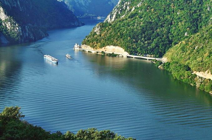 Danube Scenic Cruising.jpg
