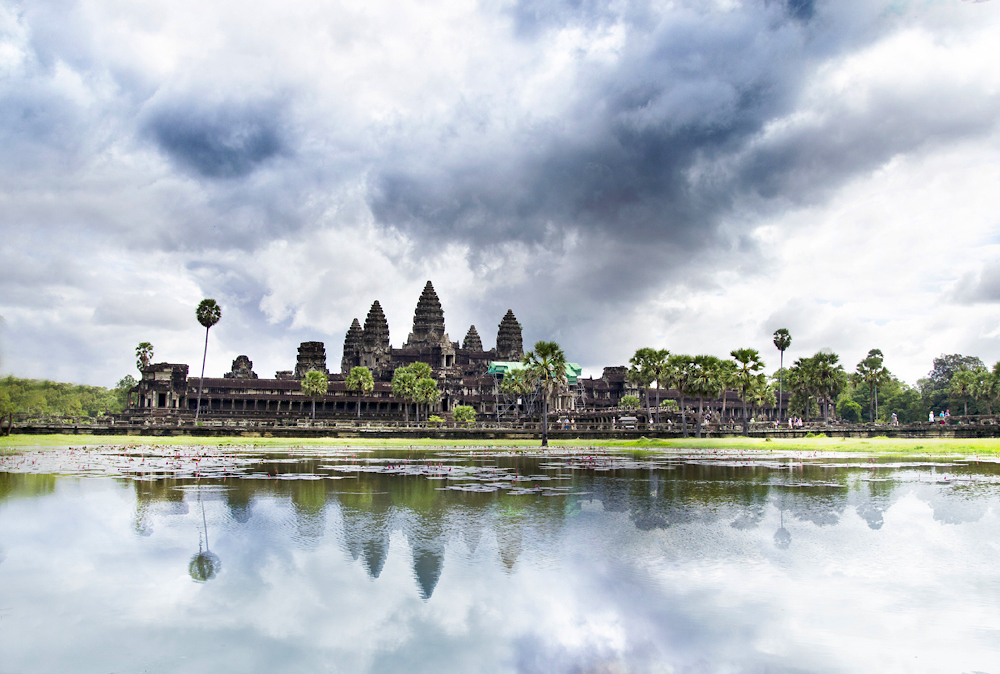 Exploring Vietnam and Cambodia - 13-Day Tour From Ho Chi Minh City (Saigon) to Siem Reap