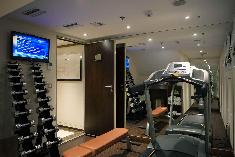 ship_19_fitnessroom_gallery.jpg