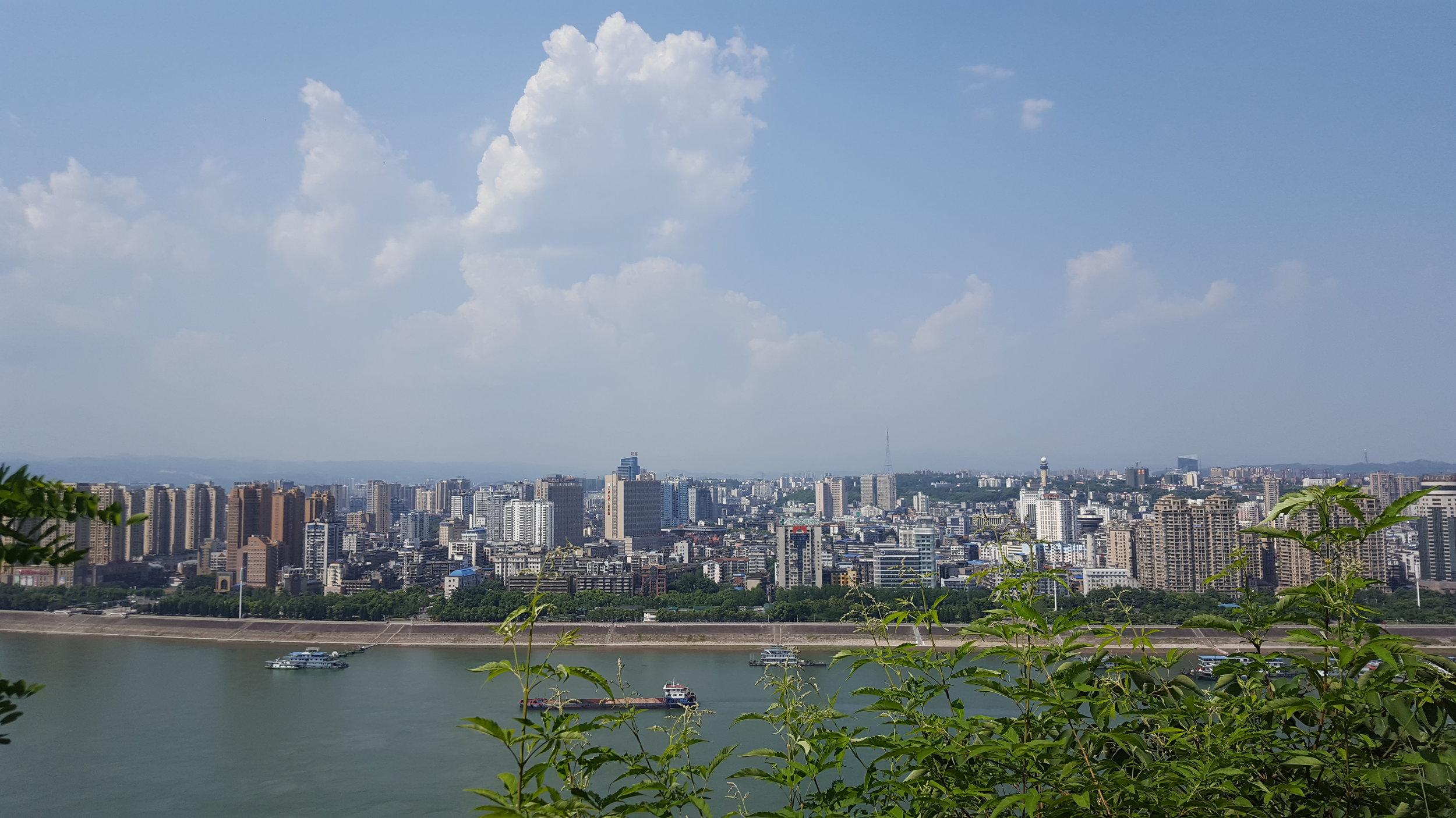 Yichang_skyline_4.jpg