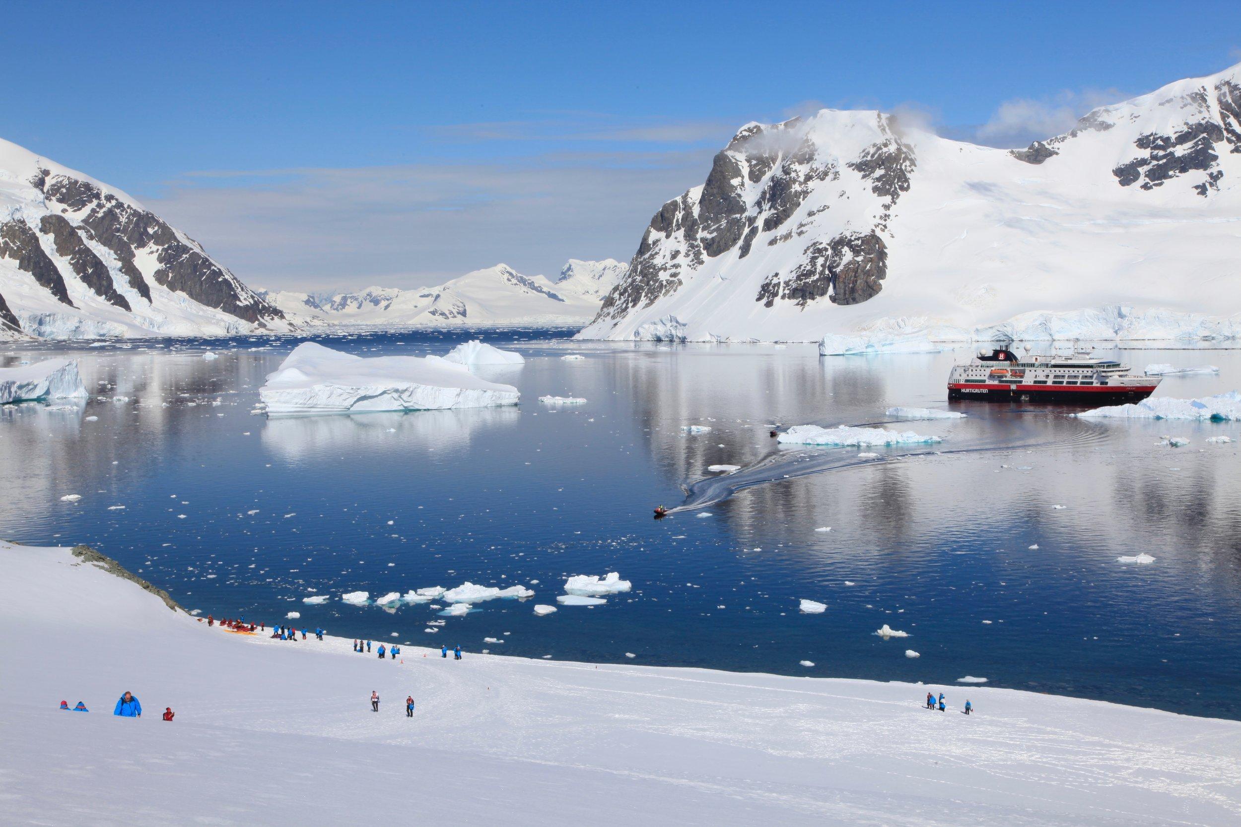 Clare Coulsen - MS Fram in Antarctica