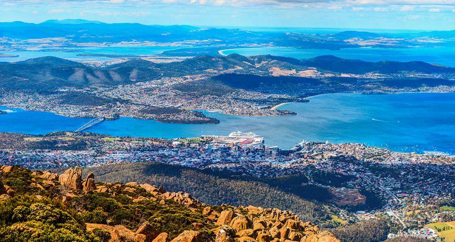 silversea-cruises-australia-hobart-australia.jpg