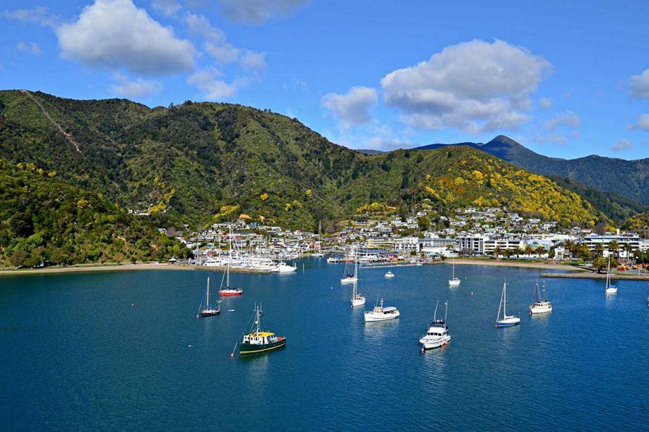 silversea-luxury-cruises-picton-new-zealand-port.jpg