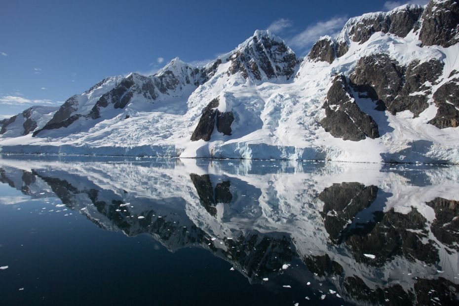 silversea-antarctica-cruise-reflections-of-booth-island-antarctica.jpg