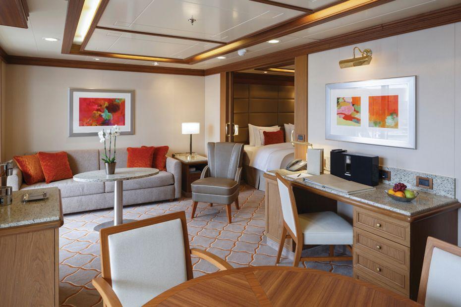 silversea-luxury-silver-spirit-ship-silver-suite-1.jpg