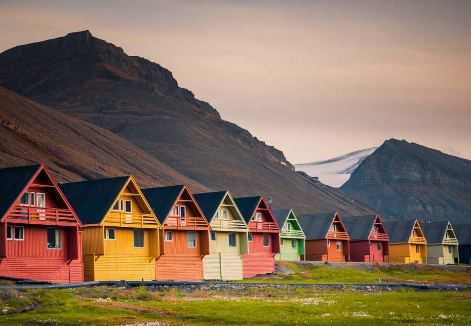silversea-luxury-cruises-longyerbyen-norway.jpg
