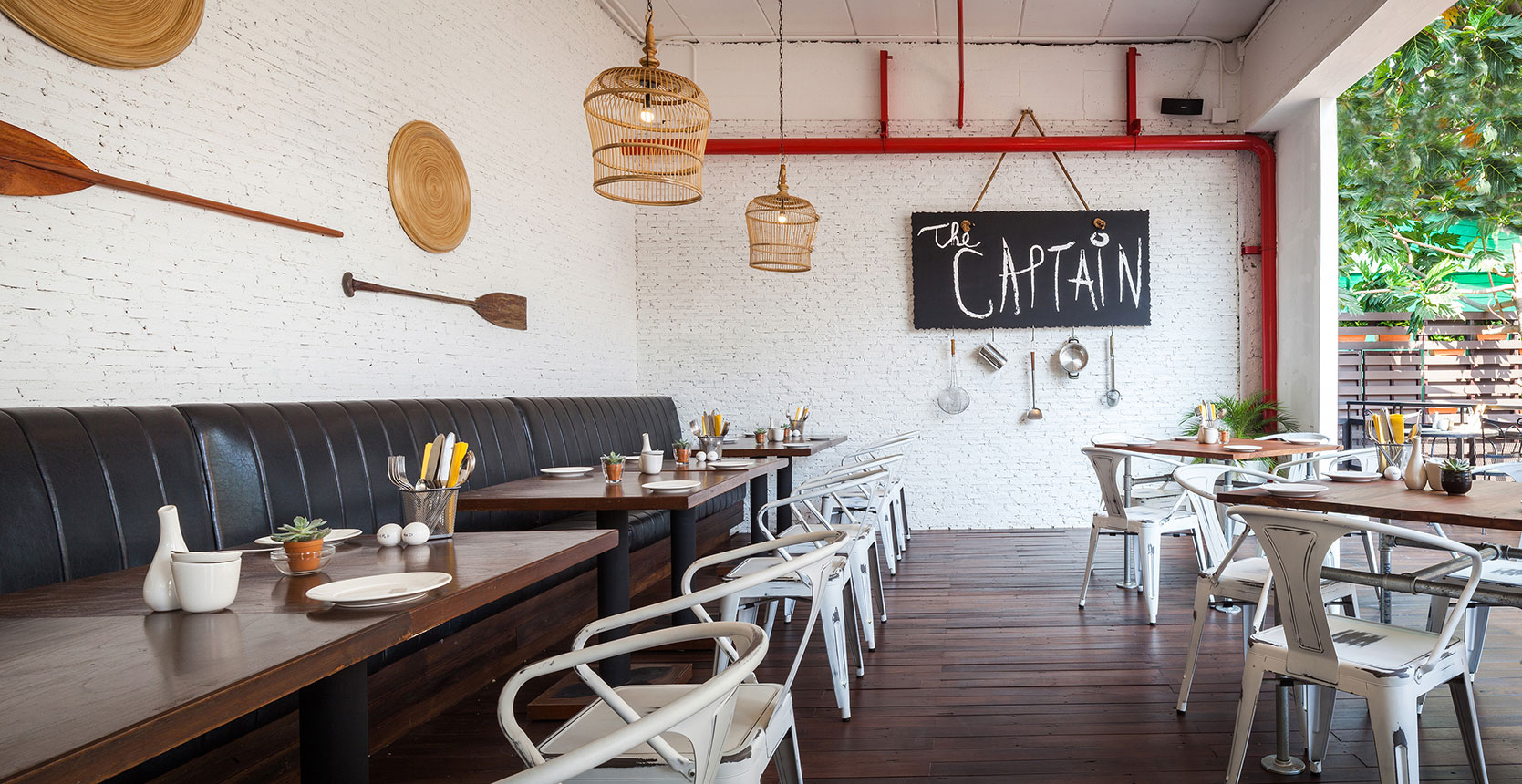 The-Captain---Dining-Corner-2.jpg