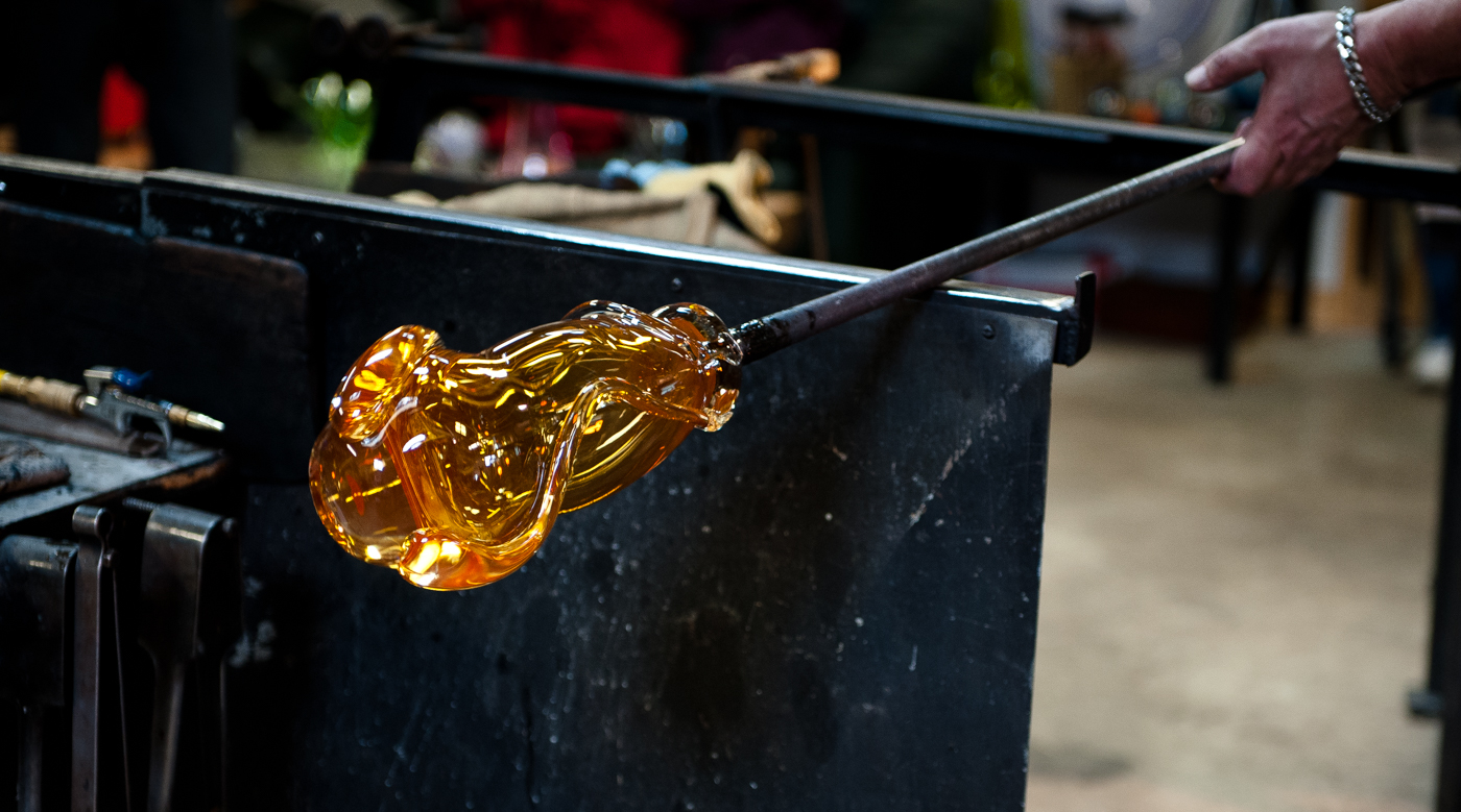 Molten glass, Robert Gary Parkes - the Loafing Shed Glass Studio