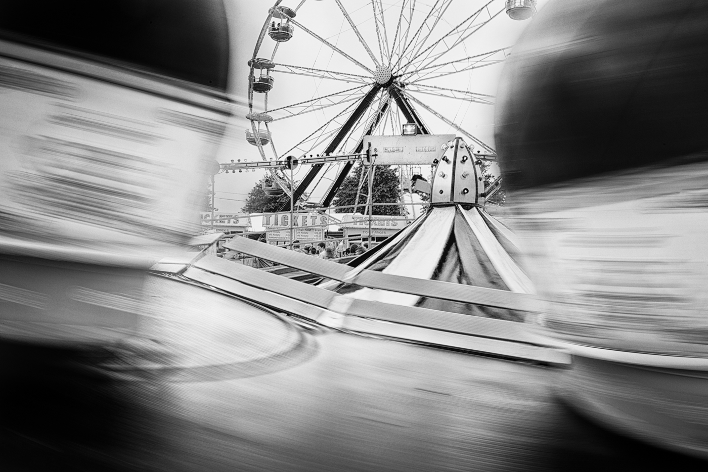 Tilt-a-Whirl in motion, Northwest Washington Fair 2014