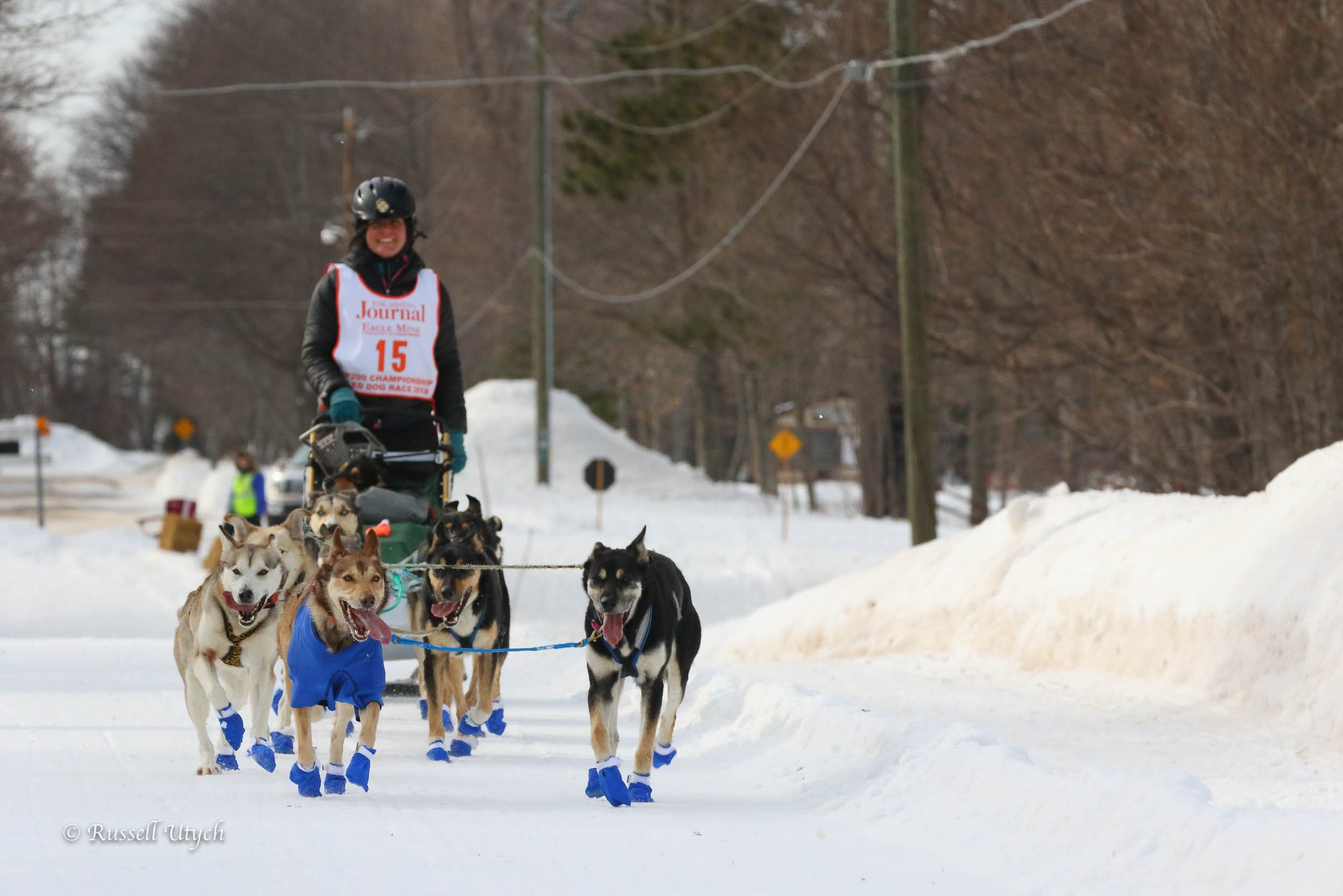Coming into grand marais, ariel and Wembley in lead. Hyside in the bag.
