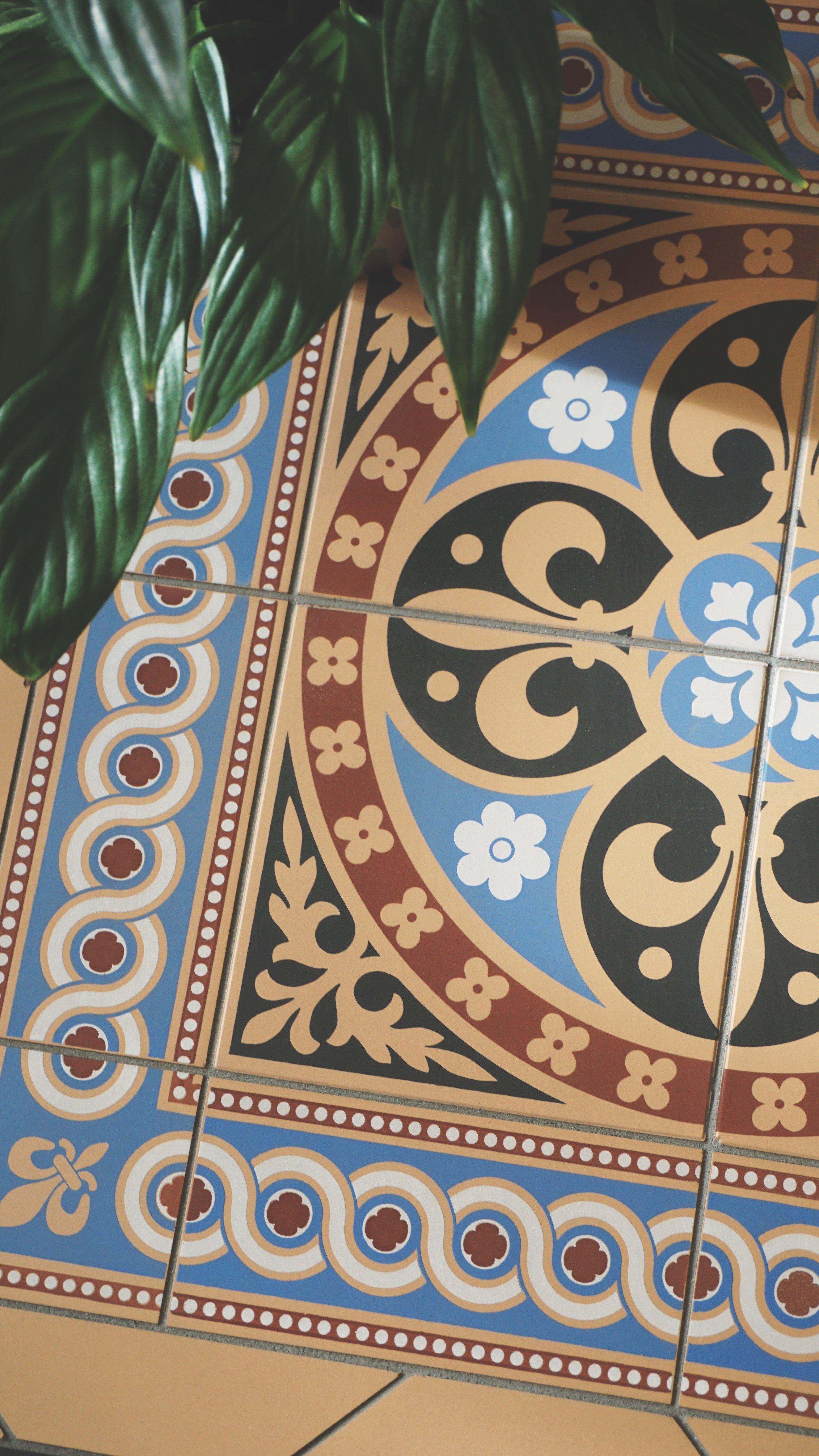 Original Style  - VFT - Gladstone with Telford Blue border.jpg