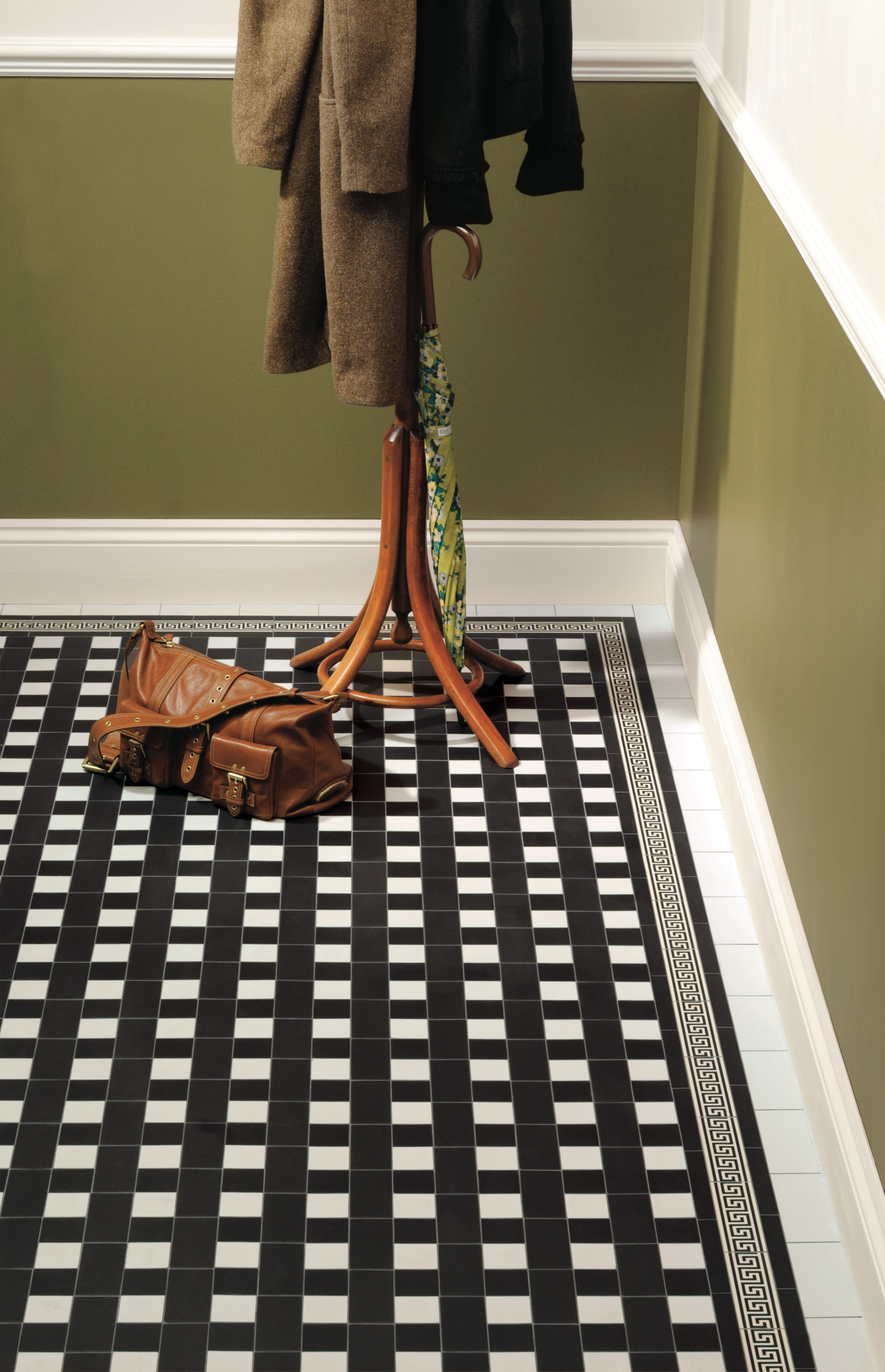 Original Style - VFT - Ambleside pattern in Black and Dover White with Greek Key border.jpg