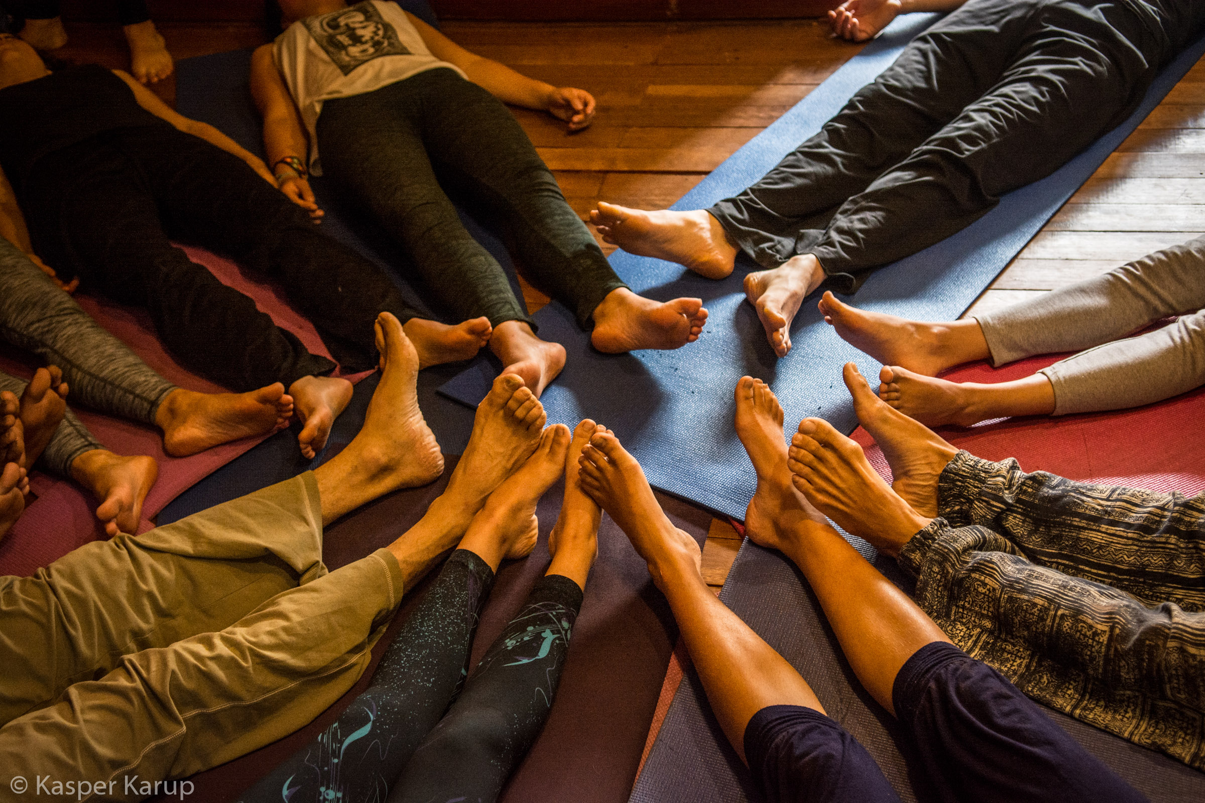 Acroyoga Yoga Room Cusco-14.jpg