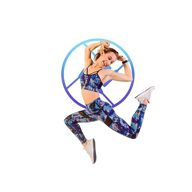 Friday feels! #rowforlife #legscorearms #healthdare #fitspo #athleisure #fitnessmotivation #fitlife #abs #crewfitness #crewgear #goals #nutrition #challenge #hiit #fitnessgoals #indoorrowing #lowimpact #highintensity #fridayfeels #friyay