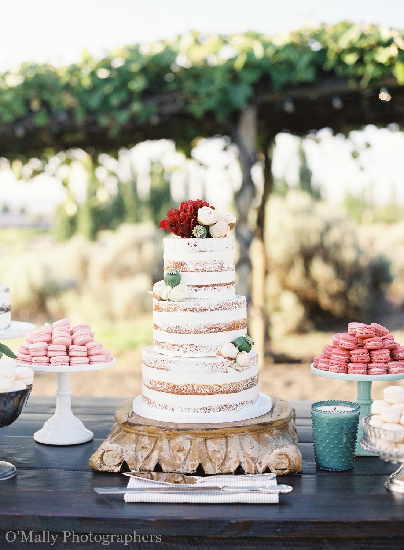 The SweetSide Seattle | Omalley Photography | Seattle Wedding Cake