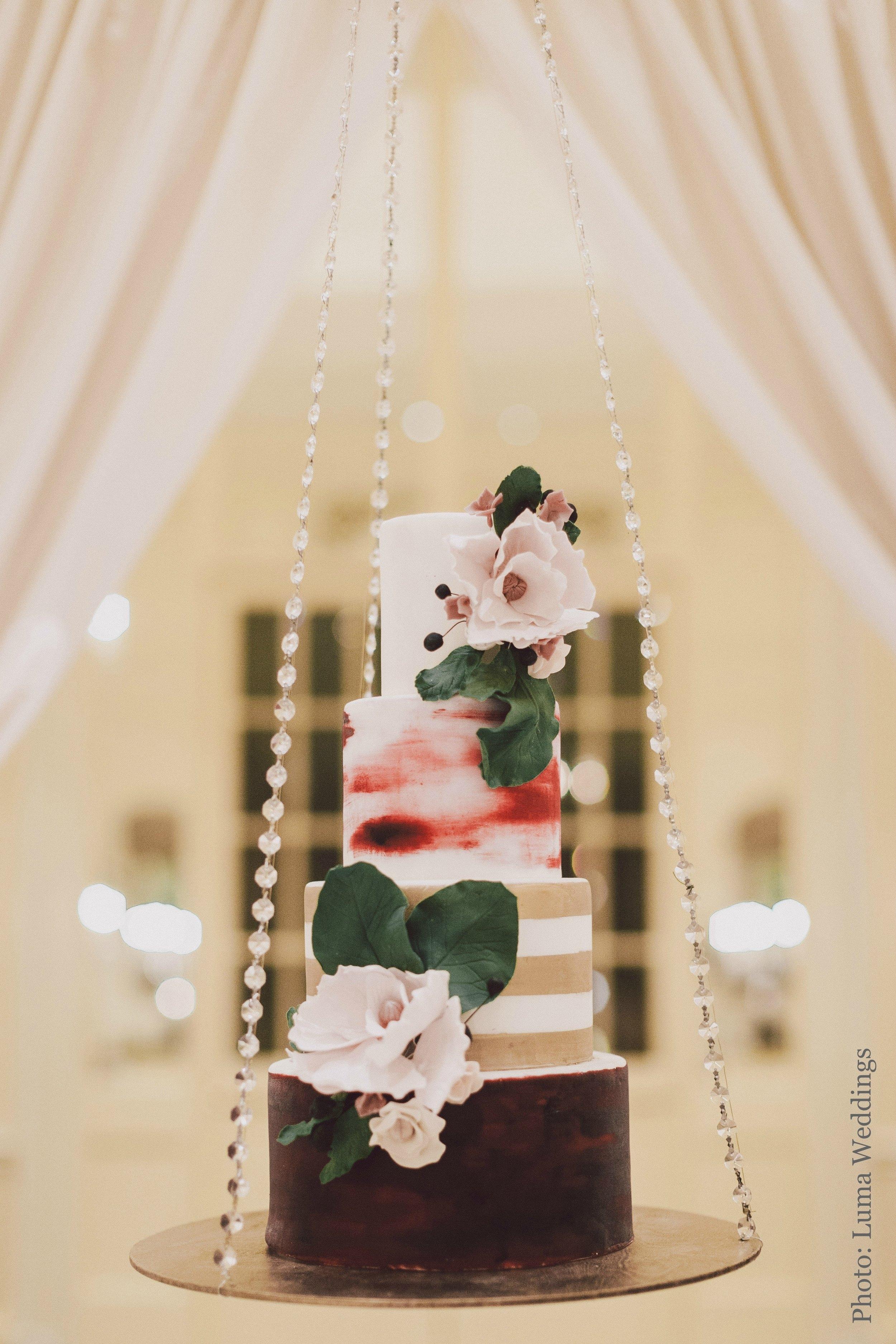 The SweetSide Seattle | Luma Wedding Photography | Seattle Wedding Cake