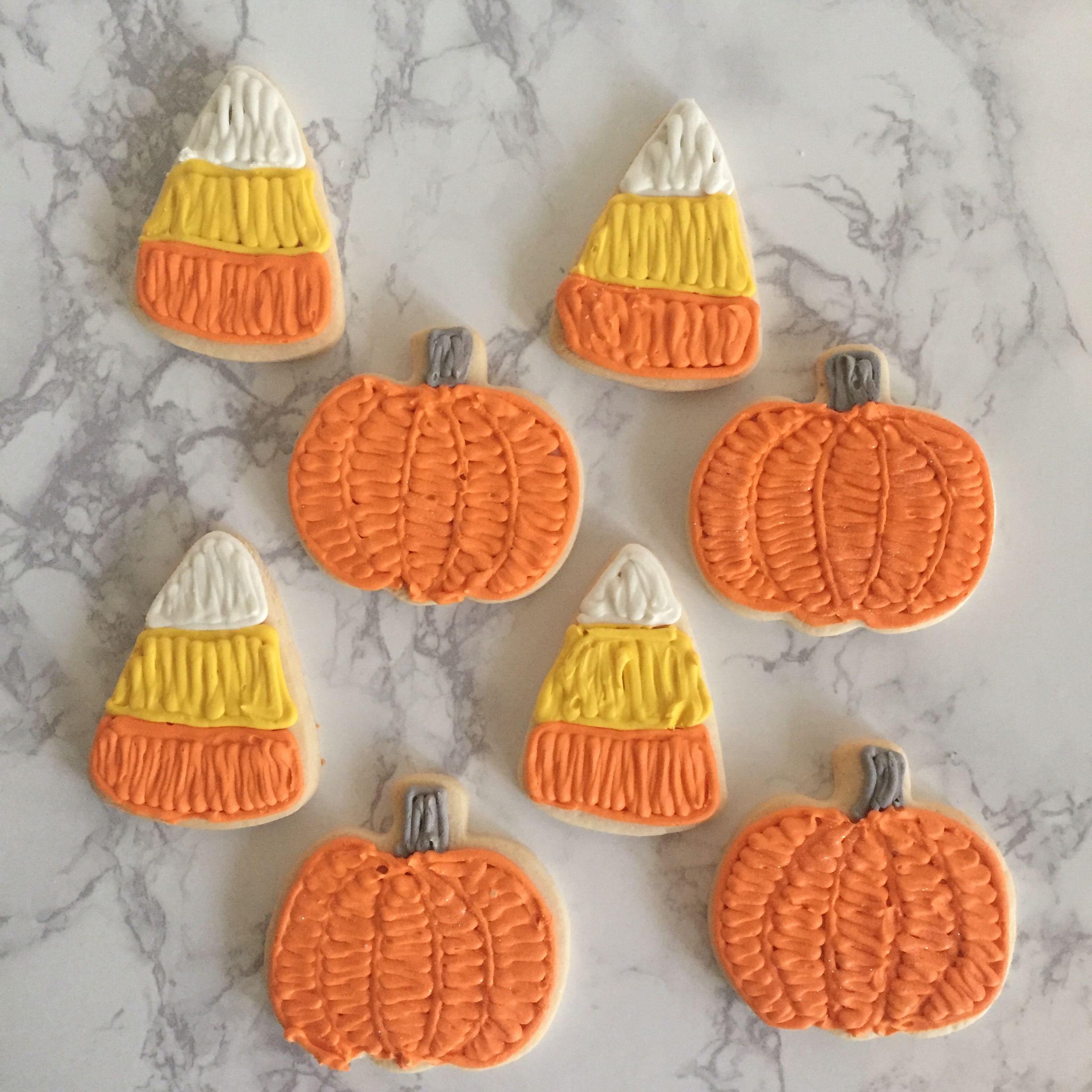 Fall Sugar Cookies   Choose a mixture of the 2 designs, or just one or the other!