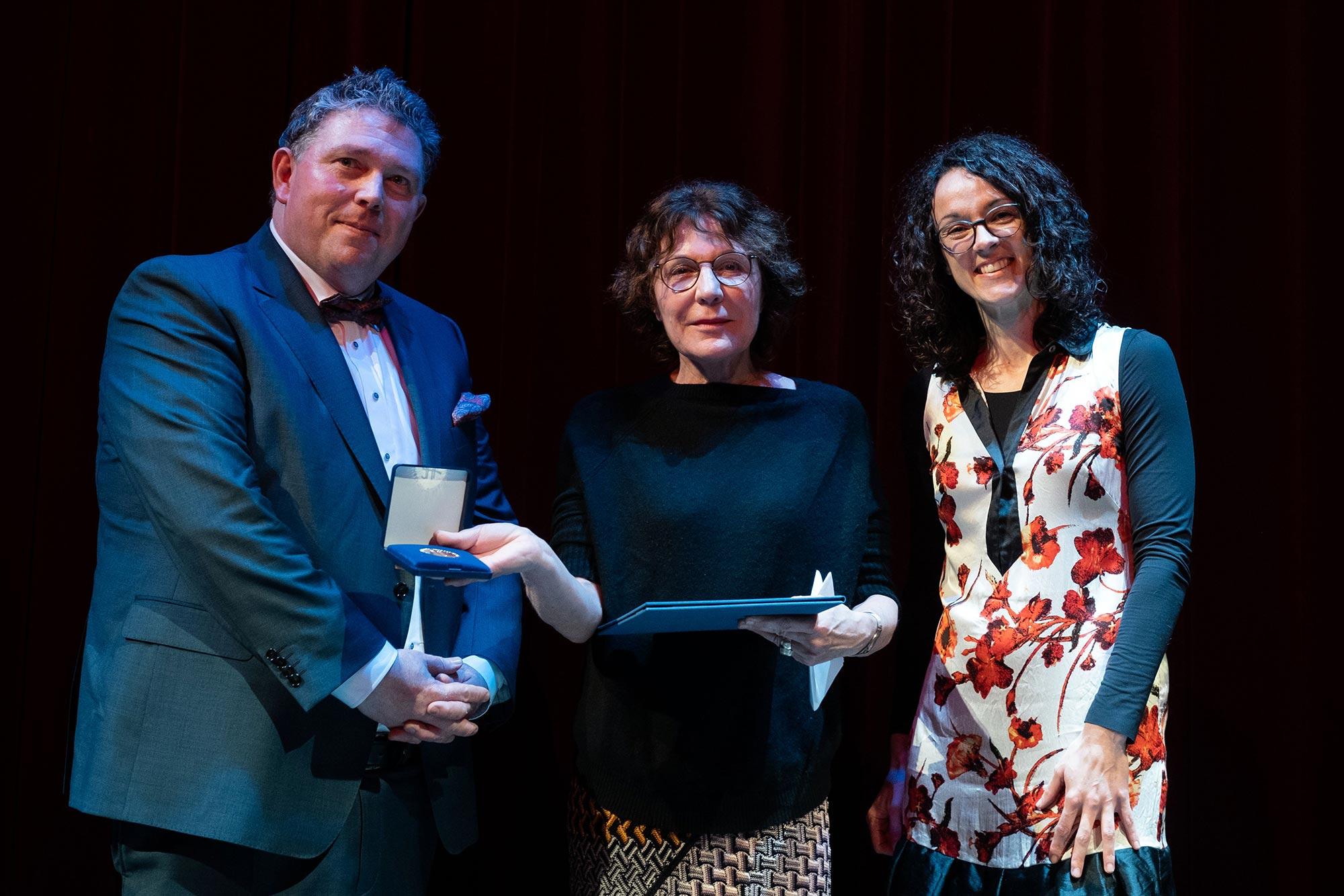 Dr. Marcus Kiefer, Katrin Brack, Staatsministerin Angela Dorn