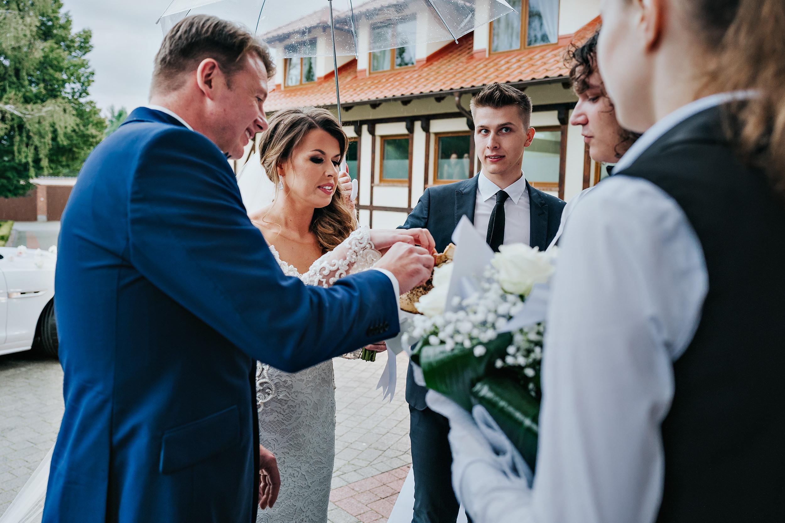 228 sesja ślubna toruń.jpg