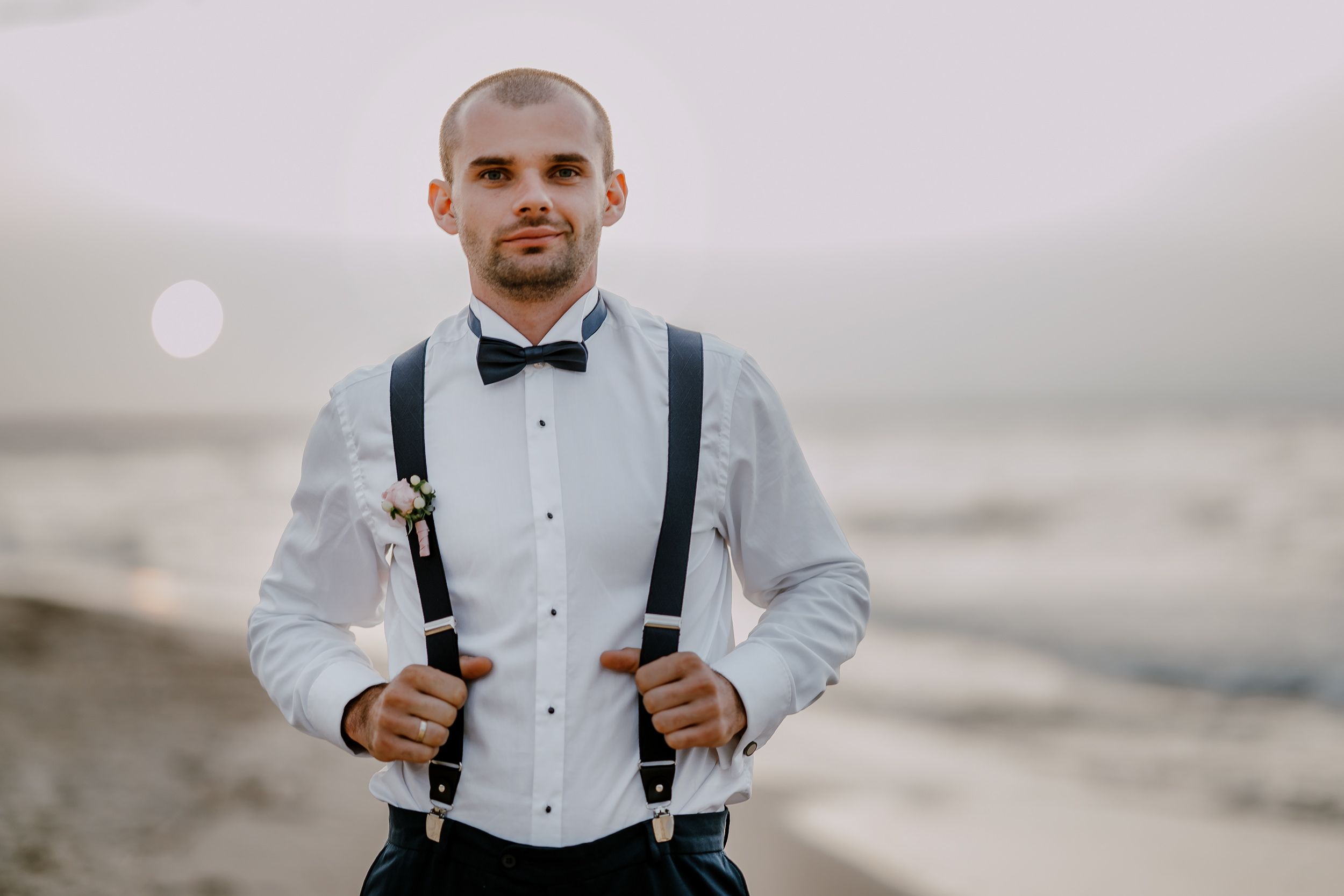 sesja plenerowa ślubna nad morzem.jpg