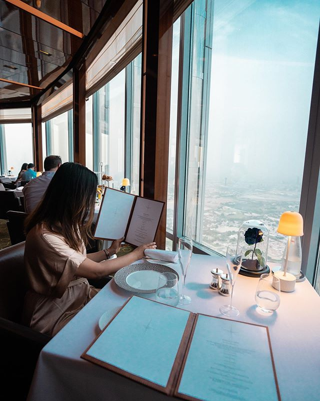 Spectacular views, unparalleled menu and the opportunity to dine with the clouds at the 123rd floor makes @atmospheredubai a wow-worthy restaurant to break your fast and have a special #iftarindubai