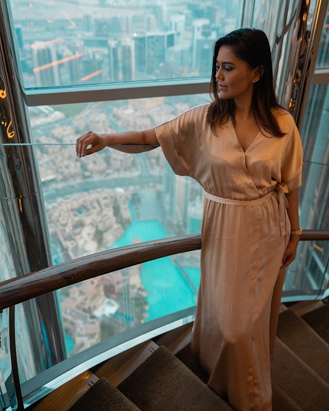 Whether you seek breathtaking views, iconic locations, or candlelit romance, @atmospheredubai checks all those boxes and more.