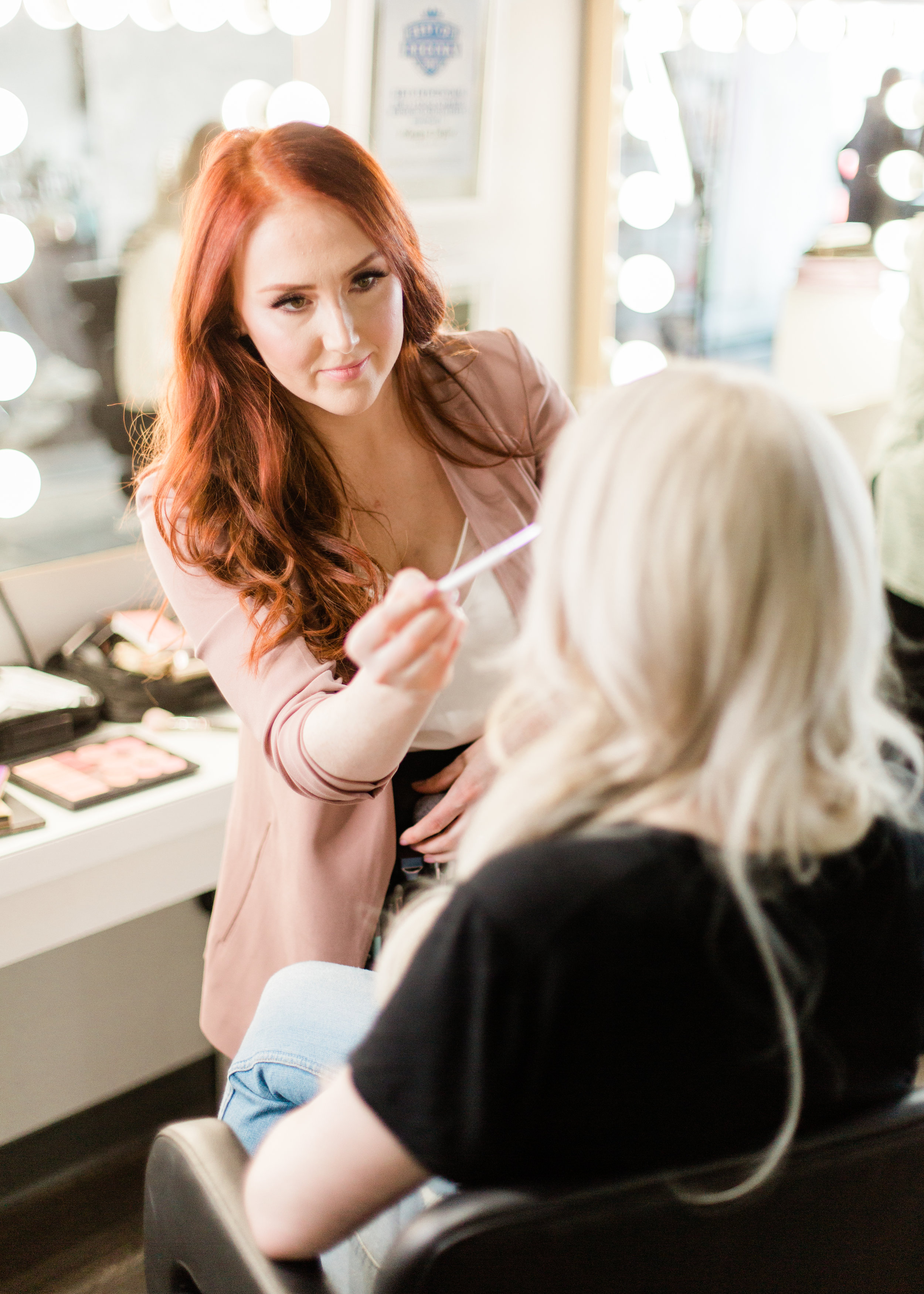 Hello and welcome to my blog!   My name is Meagan Taylor and I am a Saskatchewan based freelance makeup artist who travels around Canada doing makeup for weddings, special events and training makeup artists in my technique!  LOVES:  - Green Beauty - Tea (especially matcha lattes)