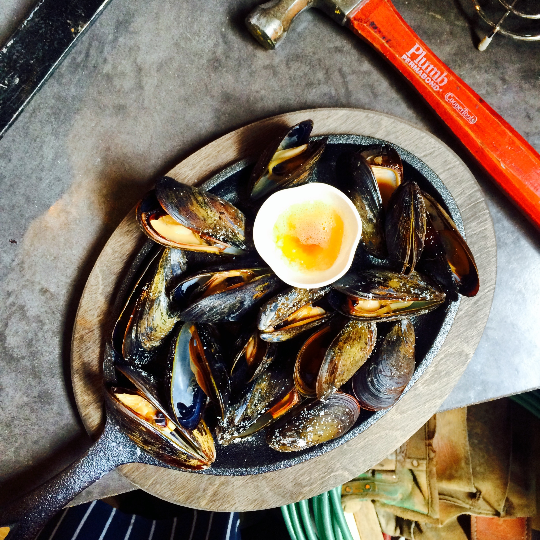 Prince Edward Island Mussels, Drawn Butter, Cast Iron