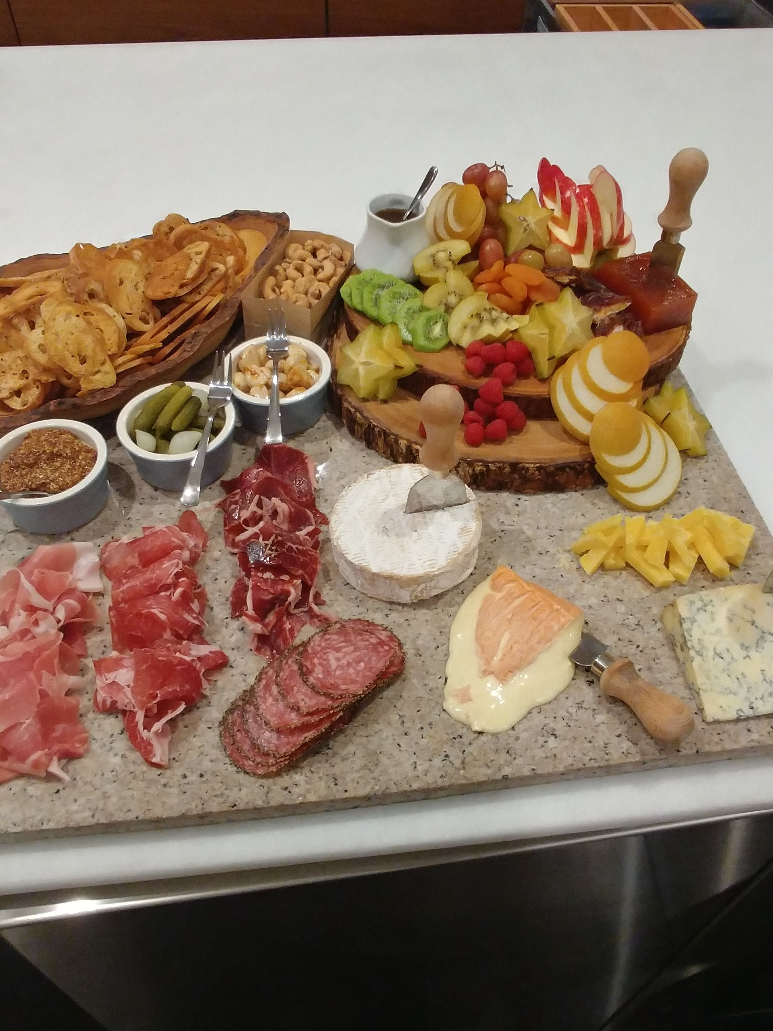 LOCAL & IMPORTED CHEESE / CHARCUTERIE DISPLAY Seasonal Accoutrements