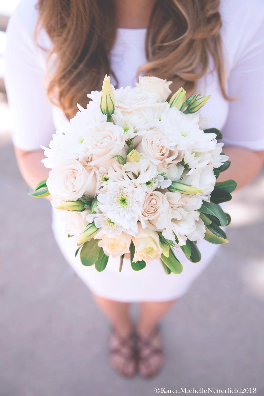 Wedding_DTLV_Downtown_Las_Vegas_Bouquet©KarenMichelleNetterfield2017.jpg
